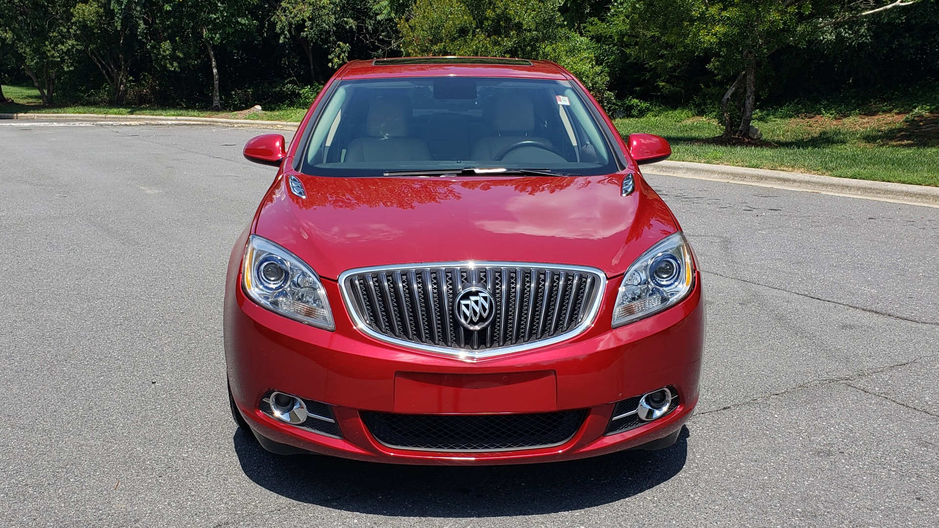 Used 2016 Buick VERANO SPORT TOURING / SUNROOF / HTD STS / 18IN WHEELS / REARVIEW for sale Sold at Formula Imports in Charlotte NC 28227 20