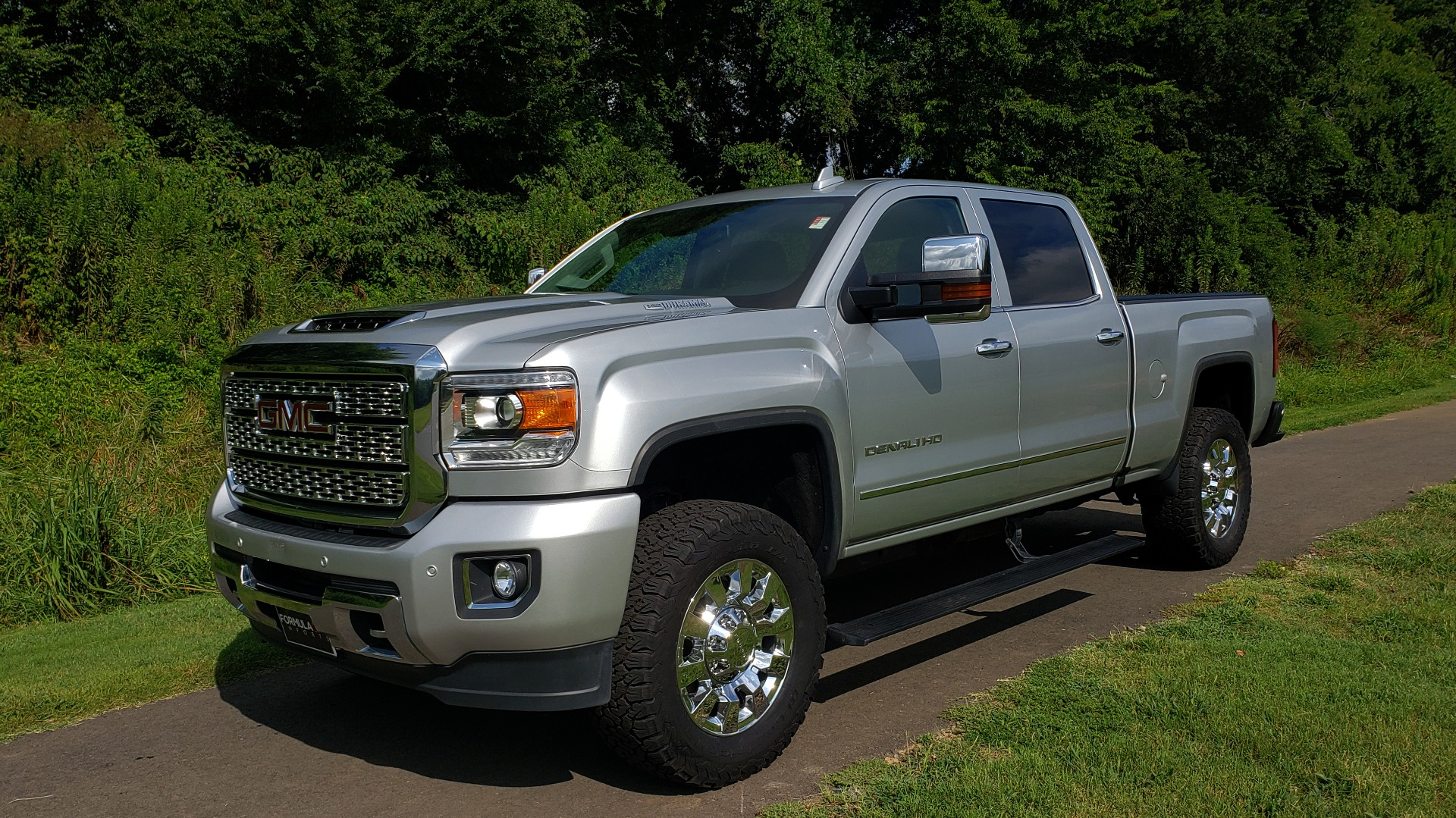 Used 2018 GMC SIERRA 2500HD DENALI 4WD / 6.6L DURAMAX / NAV / SUNROOF / BOSE / REARVIEW for sale Sold at Formula Imports in Charlotte NC 28227 2