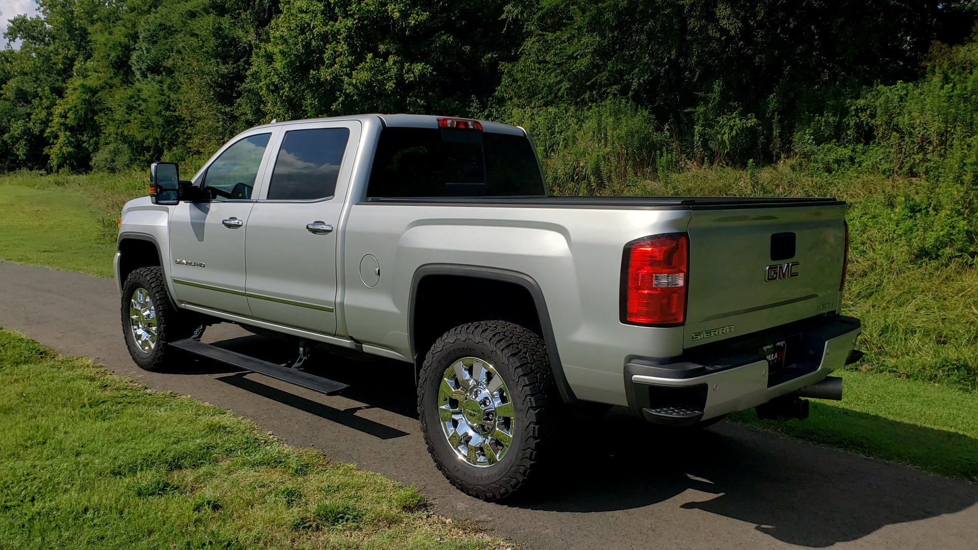 Used 2018 GMC SIERRA 2500HD DENALI 4WD / 6.6L DURAMAX / NAV / SUNROOF / BOSE / REARVIEW for sale Sold at Formula Imports in Charlotte NC 28227 4