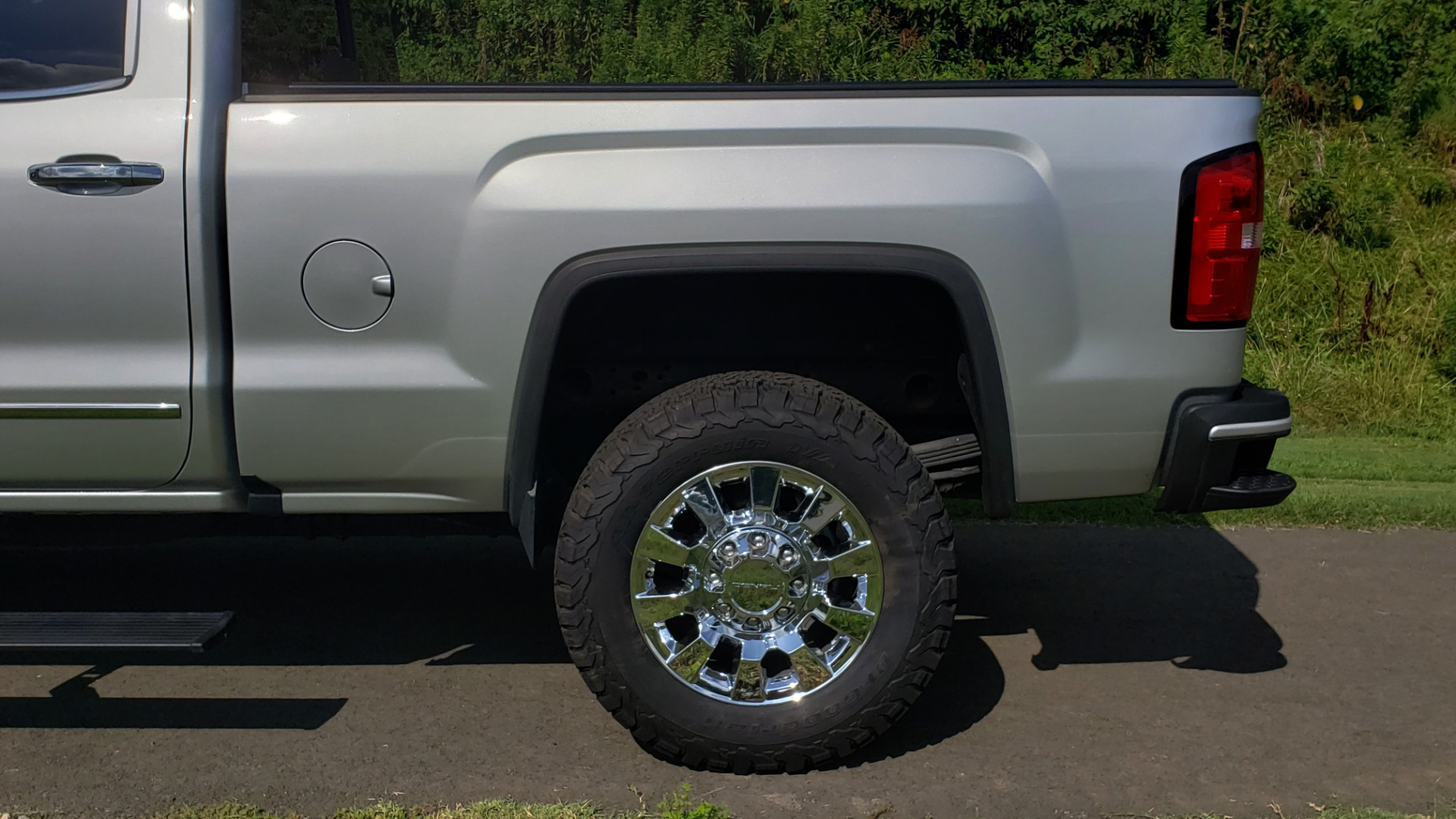 Used 2018 GMC SIERRA 2500HD DENALI 4WD / 6.6L DURAMAX / NAV / SUNROOF / BOSE / REARVIEW for sale Sold at Formula Imports in Charlotte NC 28227 89