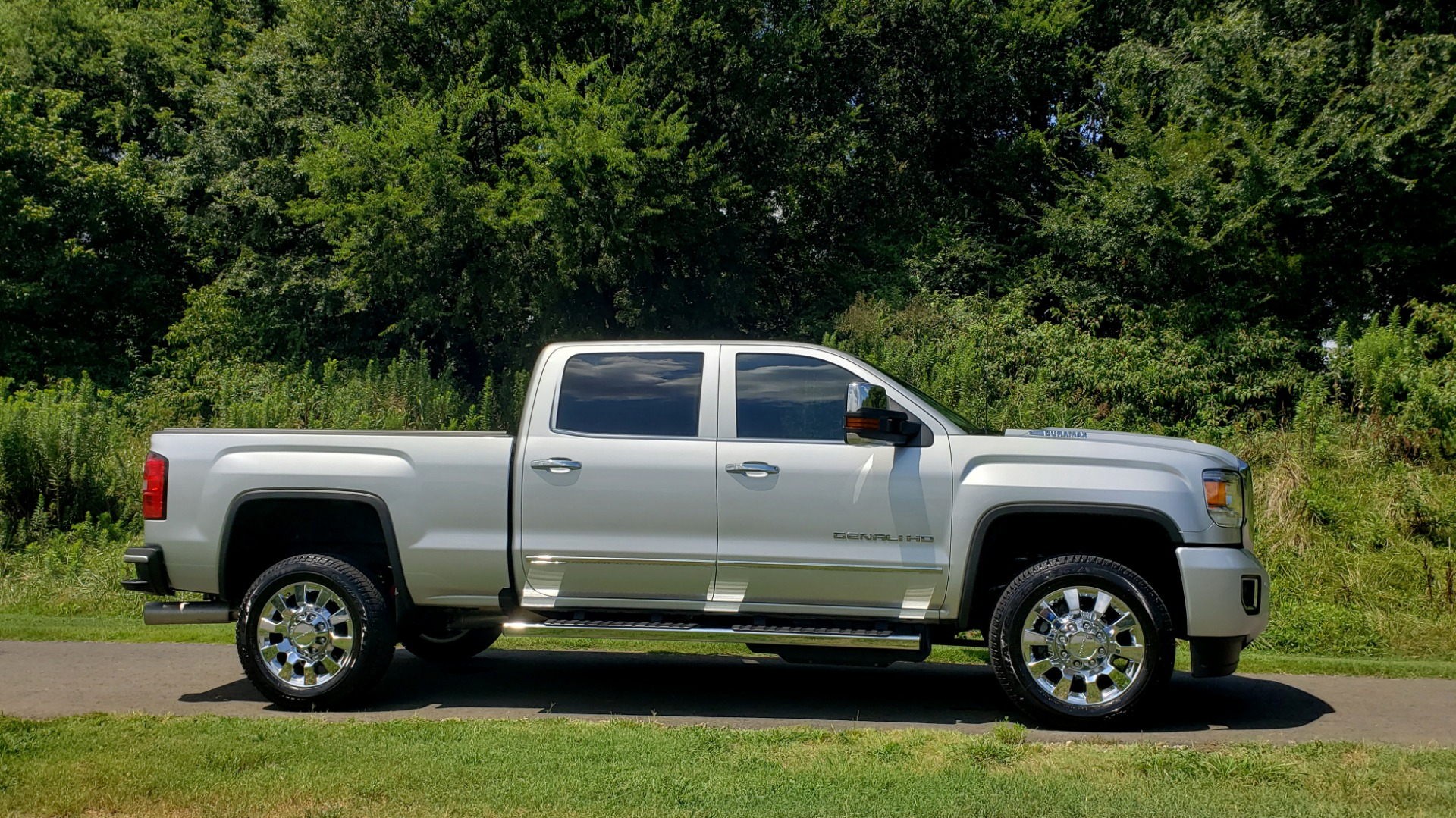 Used 2018 GMC Sierra 2500HD Denali for sale Sold at Formula Imports in Charlotte NC 28227 3