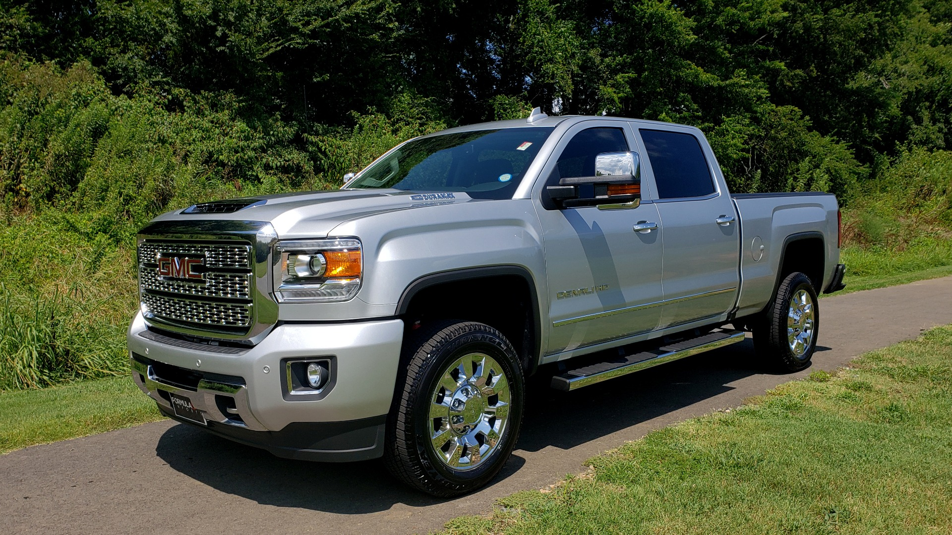Used 2018 GMC Sierra 2500HD Denali for sale Sold at Formula Imports in Charlotte NC 28227 5