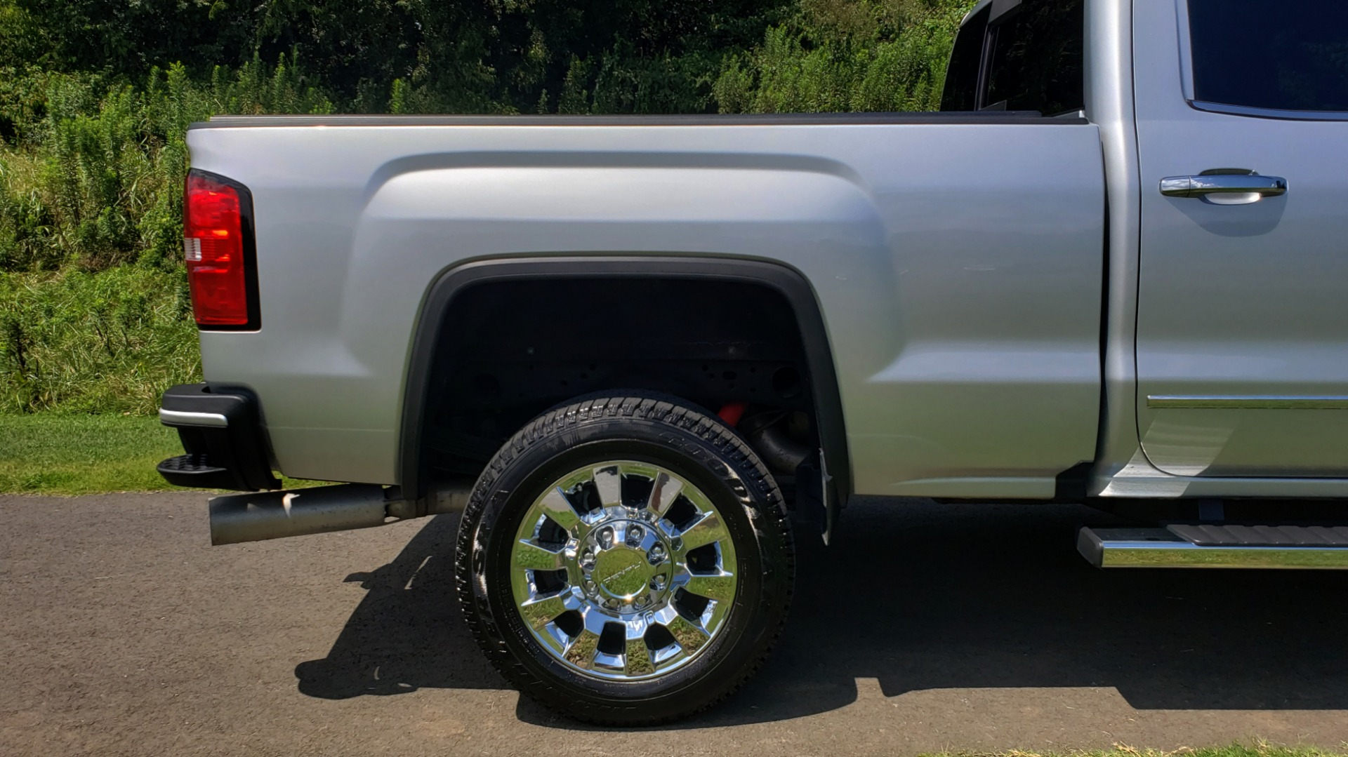 Used 2018 GMC Sierra 2500HD Denali for sale Sold at Formula Imports in Charlotte NC 28227 90