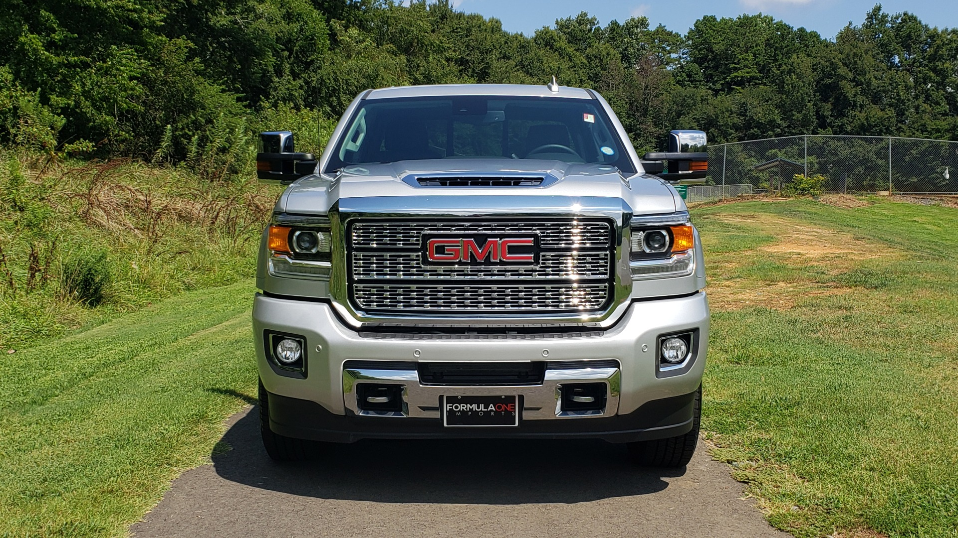 Used 2018 GMC Sierra 2500HD Denali for sale Sold at Formula Imports in Charlotte NC 28227 13