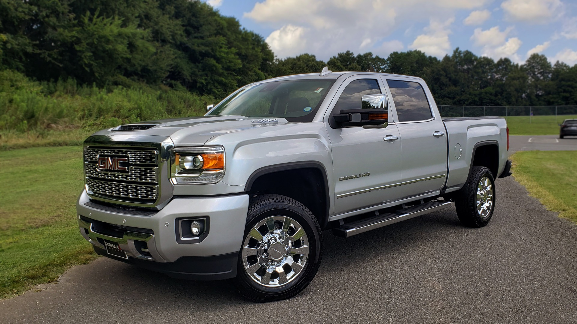 Used 2018 GMC Sierra 2500HD Denali for sale Sold at Formula Imports in Charlotte NC 28227 1