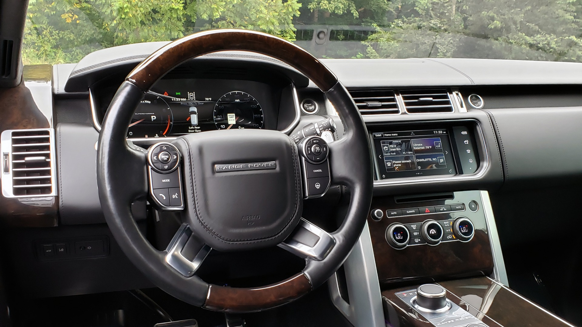 Used 2016 Land Rover RANGE ROVER AUTOBIOGRAPHY / SC-V8 / LWB / PANO-ROOF / NAV / MERIDIAN / ENT / REARVIEW for sale Sold at Formula Imports in Charlotte NC 28227 49