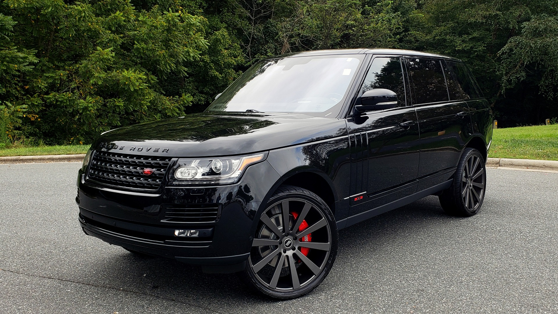 Used 2016 Land Rover RANGE ROVER AUTOBIOGRAPHY / SC-V8 / LWB / PANO-ROOF / NAV / MERIDIAN / ENT / REARVIEW for sale $71,495 at Formula Imports in Charlotte NC 28227 1