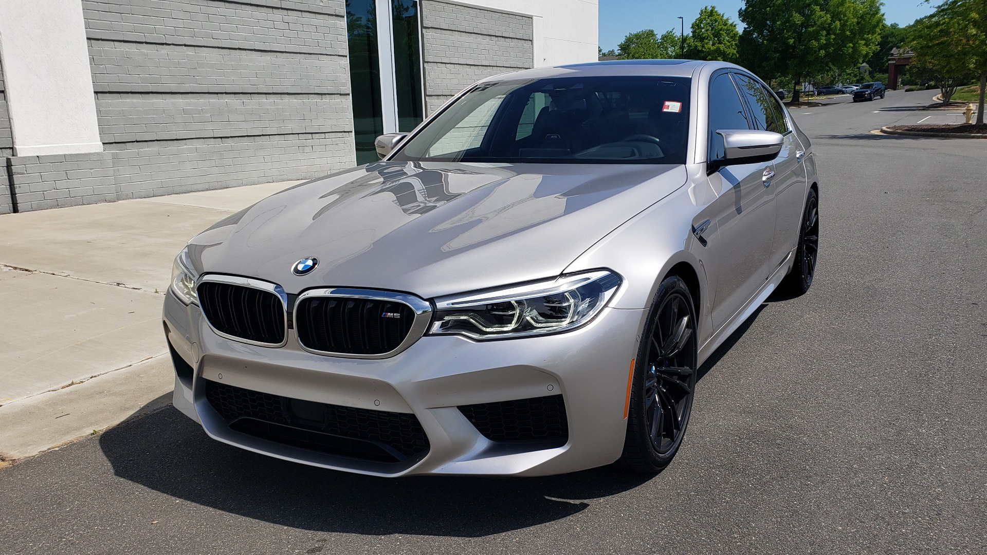 Used 2018 BMW M5 SEDAN / EXEC PKG / DRVR ASST PLUS / MOONROOF / B&W SND for sale $81,495 at Formula Imports in Charlotte NC 28227 3