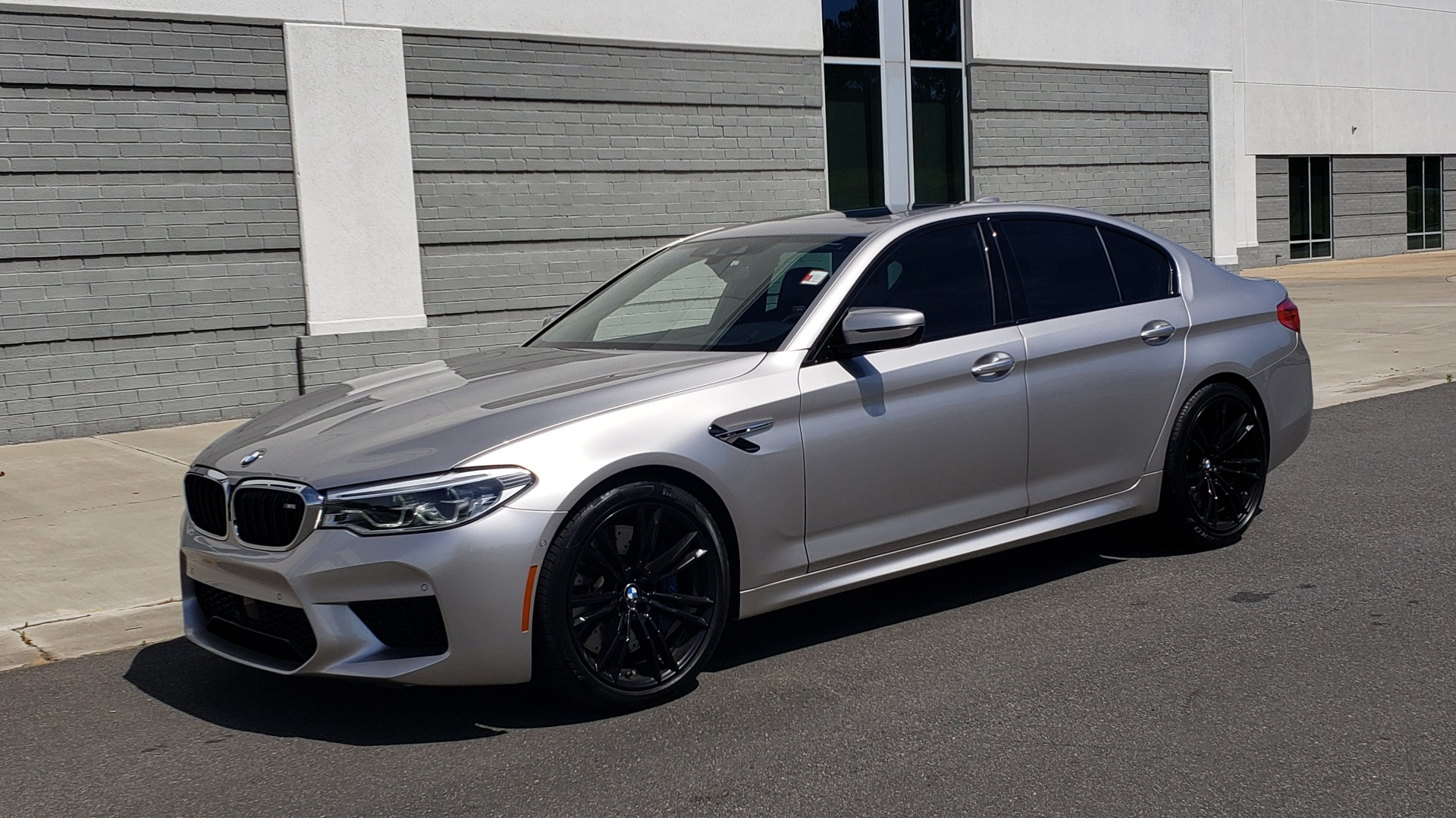 Used 2018 BMW M5 SEDAN / EXEC PKG / DRVR ASST PLUS / MOONROOF / B&W SND for sale $81,495 at Formula Imports in Charlotte NC 28227 4