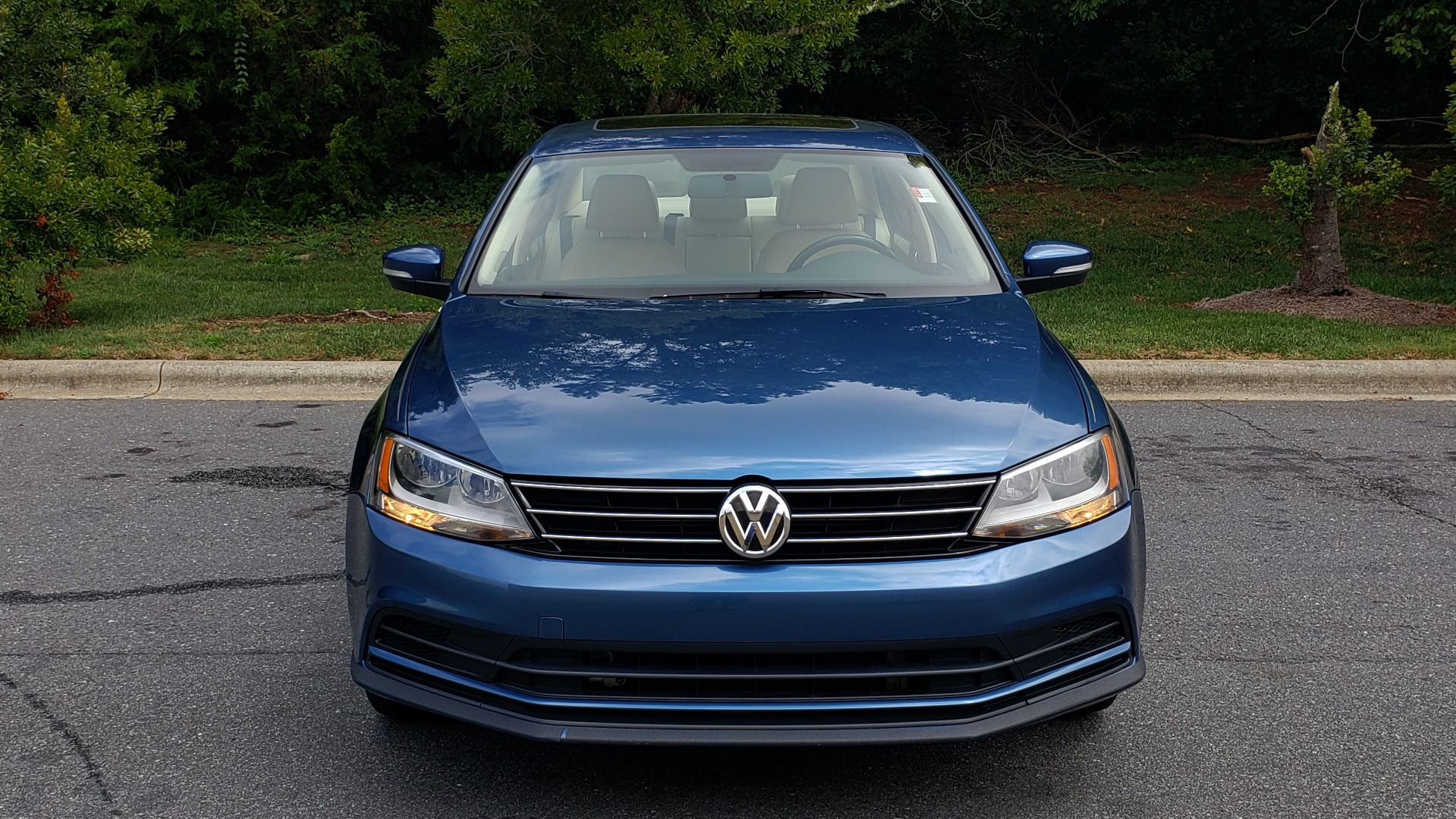 Used 2016 Volkswagen JETTA SEDAN 1.4T SE W/ CONNECTIVITY / 6-SPD AUTO / HTD STS / SUNROOF / REARVIEW for sale Sold at Formula Imports in Charlotte NC 28227 20