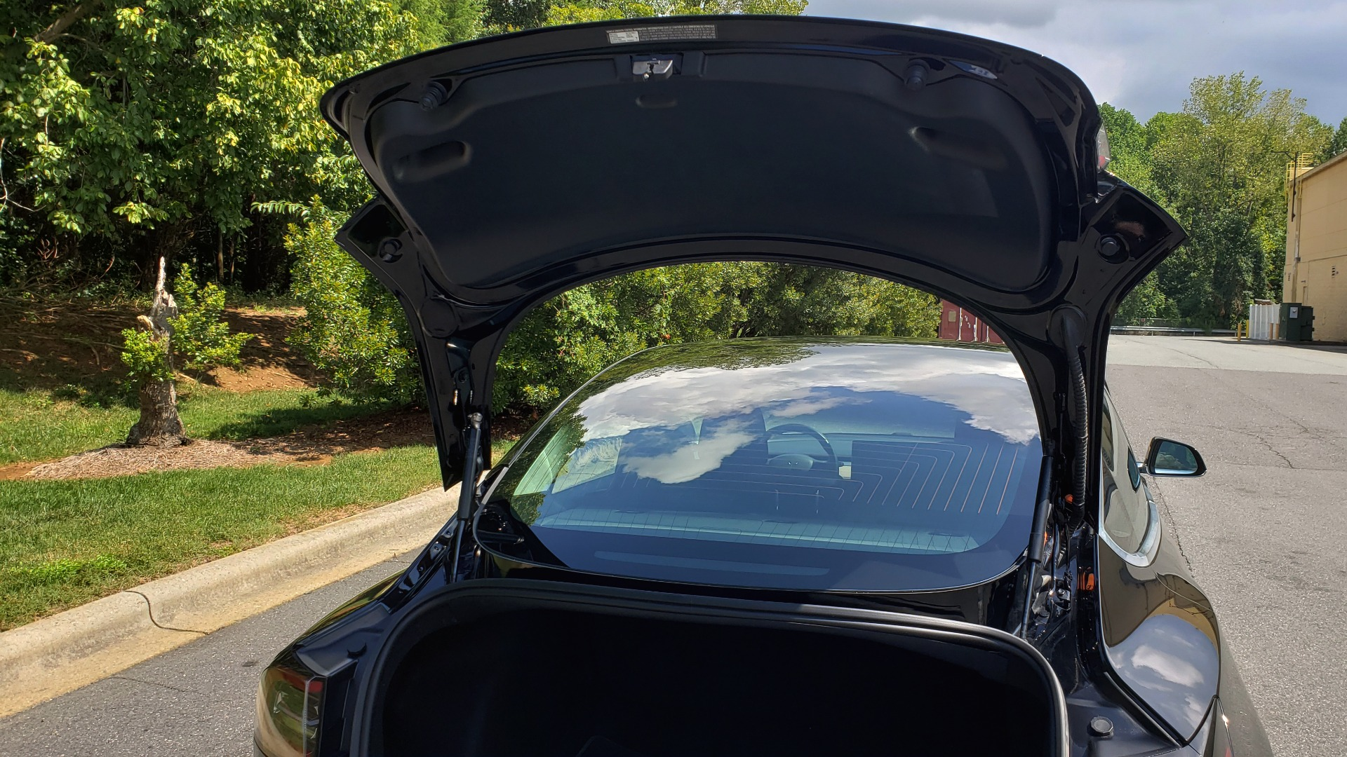Used 2018 Tesla MODEL 3 LONG RANGE BATTERY / NAV / GLASS ROOF / REARVIEW for sale Sold at Formula Imports in Charlotte NC 28227 15
