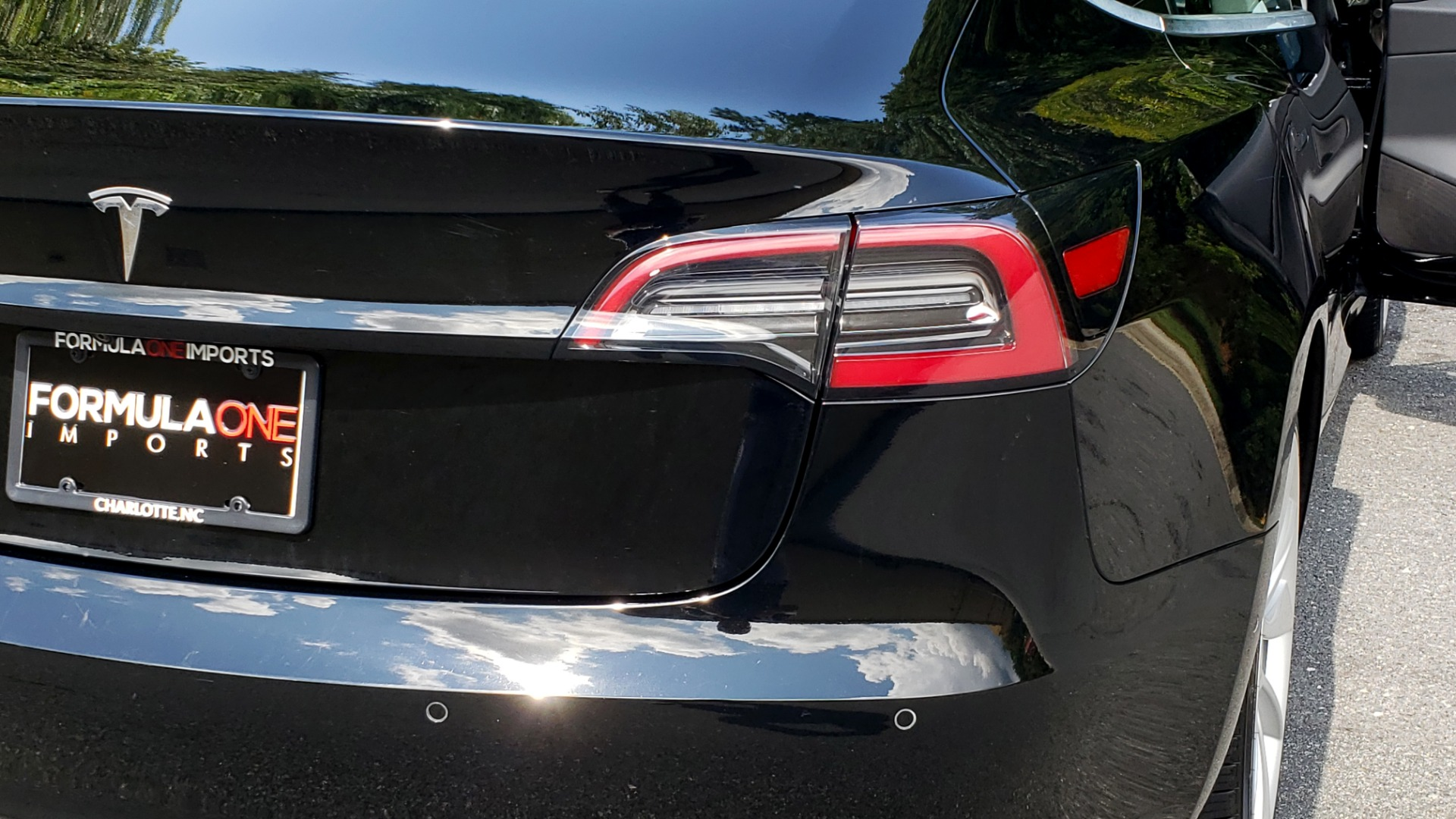 Used 2018 Tesla MODEL 3 LONG RANGE BATTERY / NAV / GLASS ROOF / REARVIEW for sale Sold at Formula Imports in Charlotte NC 28227 24