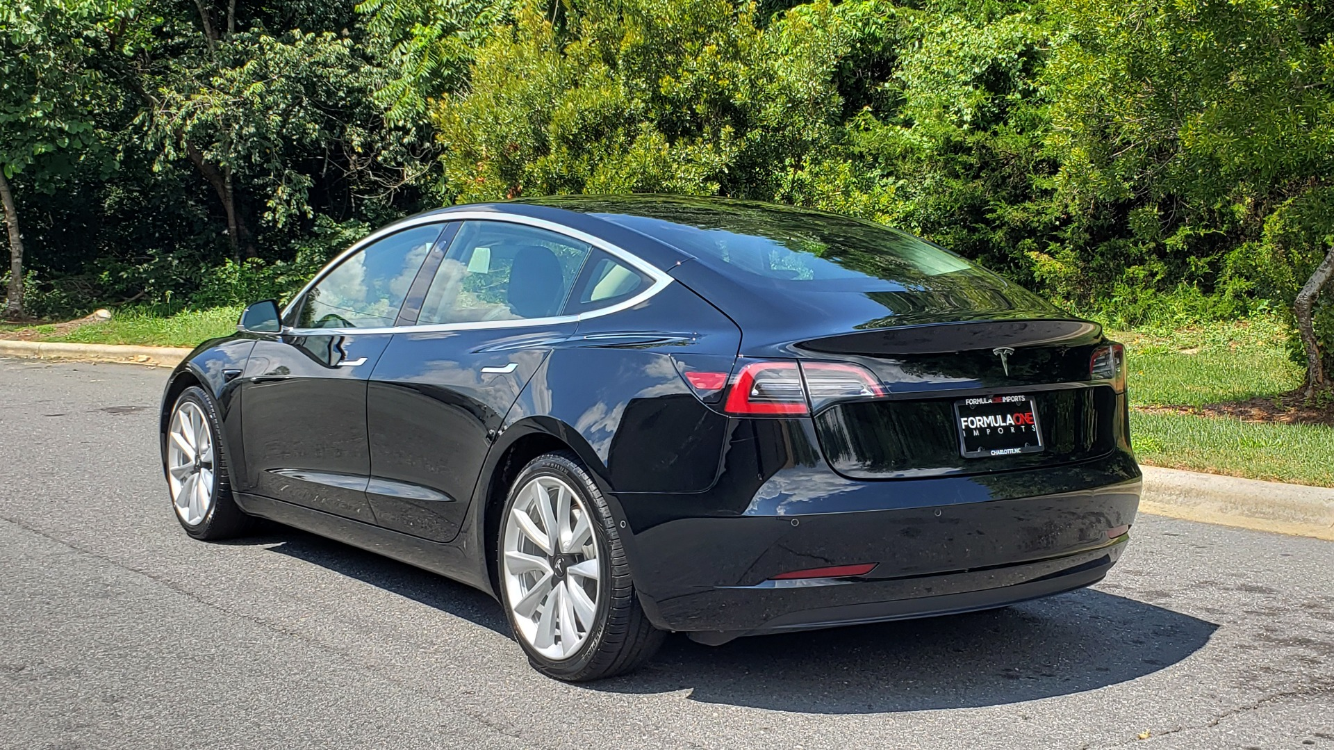 Used 2018 Tesla MODEL 3 LONG RANGE BATTERY / NAV / GLASS ROOF / REARVIEW for sale Sold at Formula Imports in Charlotte NC 28227 3