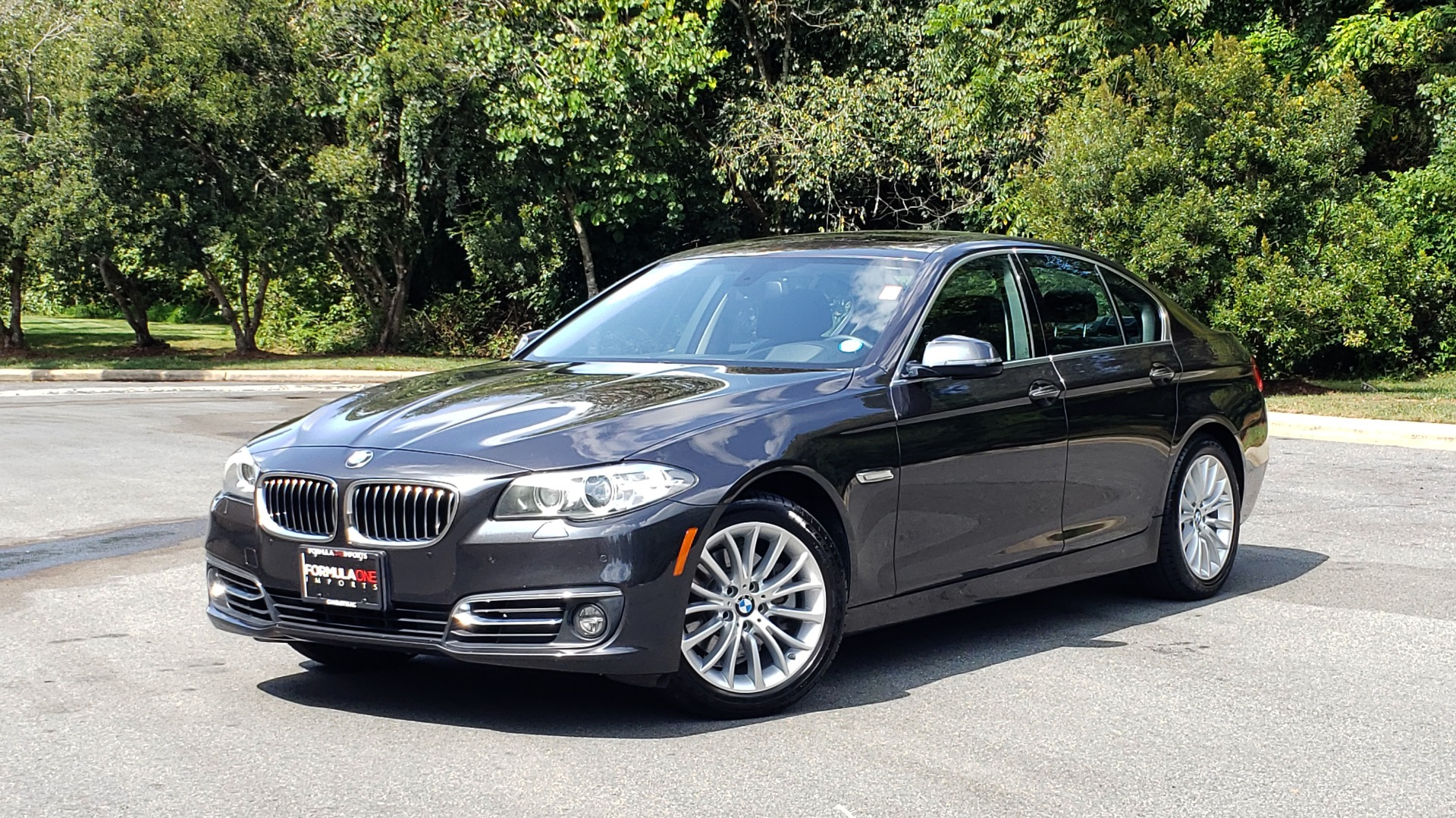 Used 2016 BMW 5 SERIES 528I XDRIVE / PREM / LUX / DRVR ASST / CLD WTHR / REARVIEW for sale Sold at Formula Imports in Charlotte NC 28227 1