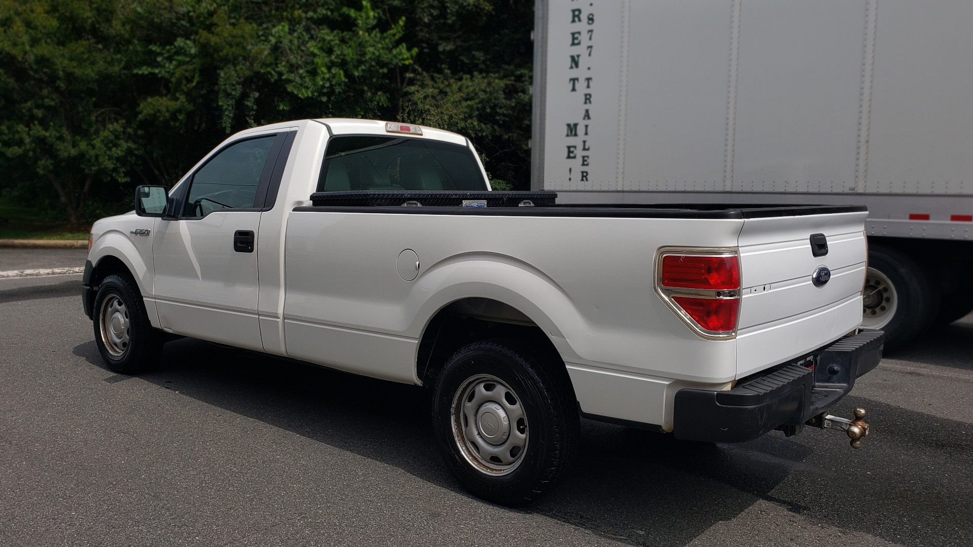 Used 2013 Ford F-150 XL / 2WD / 145 WB / 3.7L V6 / 6-SPD AUTO / TOW PKG for sale Sold at Formula Imports in Charlotte NC 28227 3