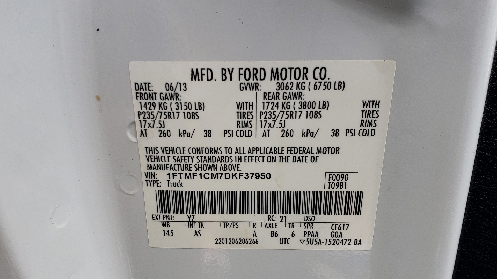 Used 2013 Ford F-150 XL / 2WD / 145 WB / 3.7L V6 / 6-SPD AUTO / TOW PKG for sale Sold at Formula Imports in Charlotte NC 28227 52