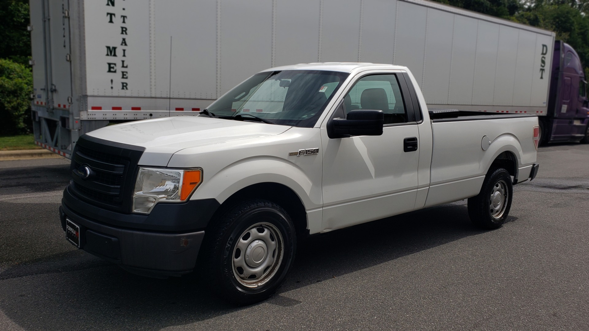 Used 2013 Ford F-150 XL / 2WD / 145 WB / 3.7L V6 / 6-SPD AUTO / TOW PKG for sale Sold at Formula Imports in Charlotte NC 28227 1