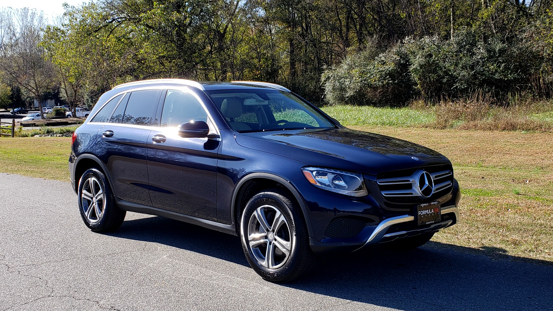 Used 2017 Mercedes-Benz GLC 300 4MATIC / PREM / NAV / KEYLESS-GO / SUNROOF / REARVIEW for sale Sold at Formula Imports in Charlotte NC 28227 4