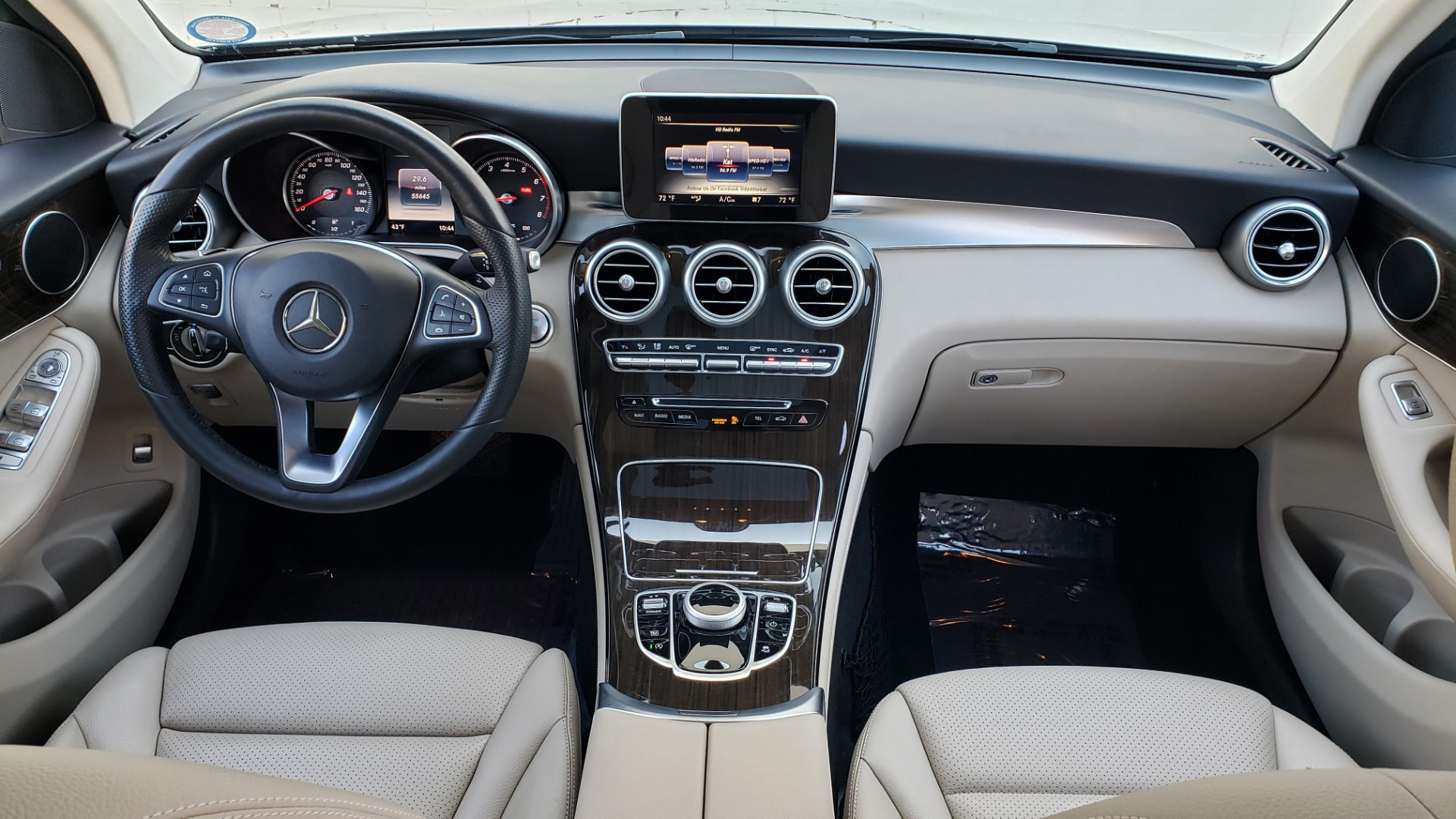 Used 2017 Mercedes-Benz GLC 300 4MATIC / PREM / NAV / KEYLESS-GO / SUNROOF / REARVIEW for sale Sold at Formula Imports in Charlotte NC 28227 71