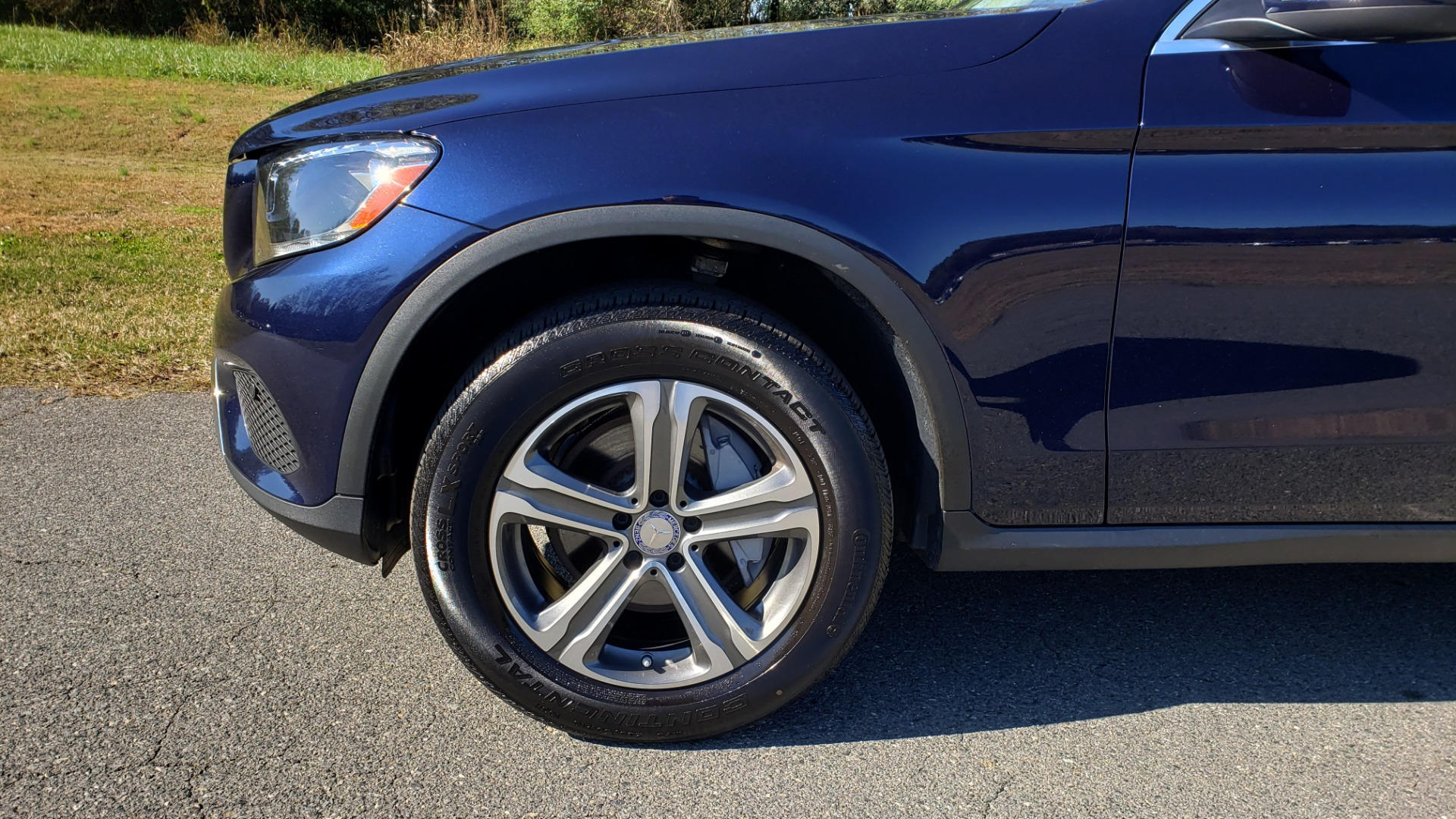 Used 2017 Mercedes-Benz GLC 300 4MATIC / PREM / NAV / KEYLESS-GO / SUNROOF / REARVIEW for sale Sold at Formula Imports in Charlotte NC 28227 73