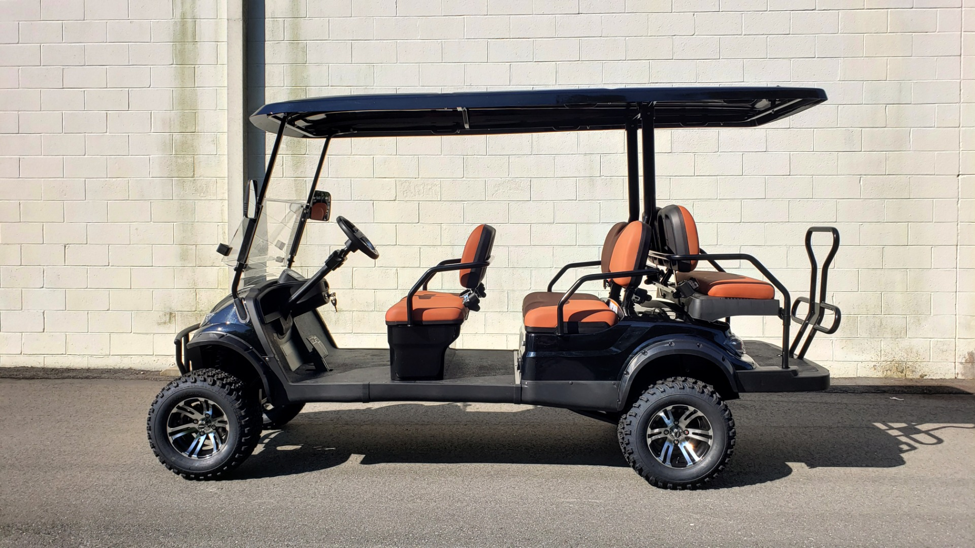 Used 2020 ICON I60L ELECTRIC CAR / 3-ROW / LIFTED / GOLF CART / SPEEDO for sale Sold at Formula Imports in Charlotte NC 28227 2