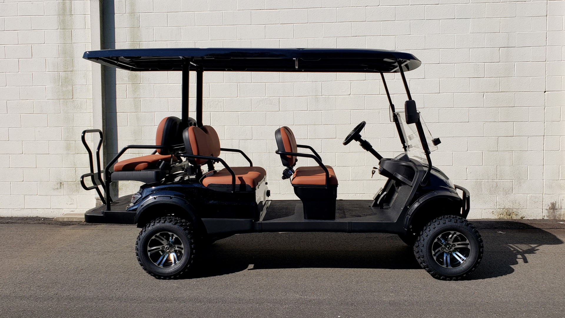 Used 2020 ICON I60L ELECTRIC CAR / 3-ROW / LIFTED / GOLF CART / SPEEDO for sale Sold at Formula Imports in Charlotte NC 28227 22