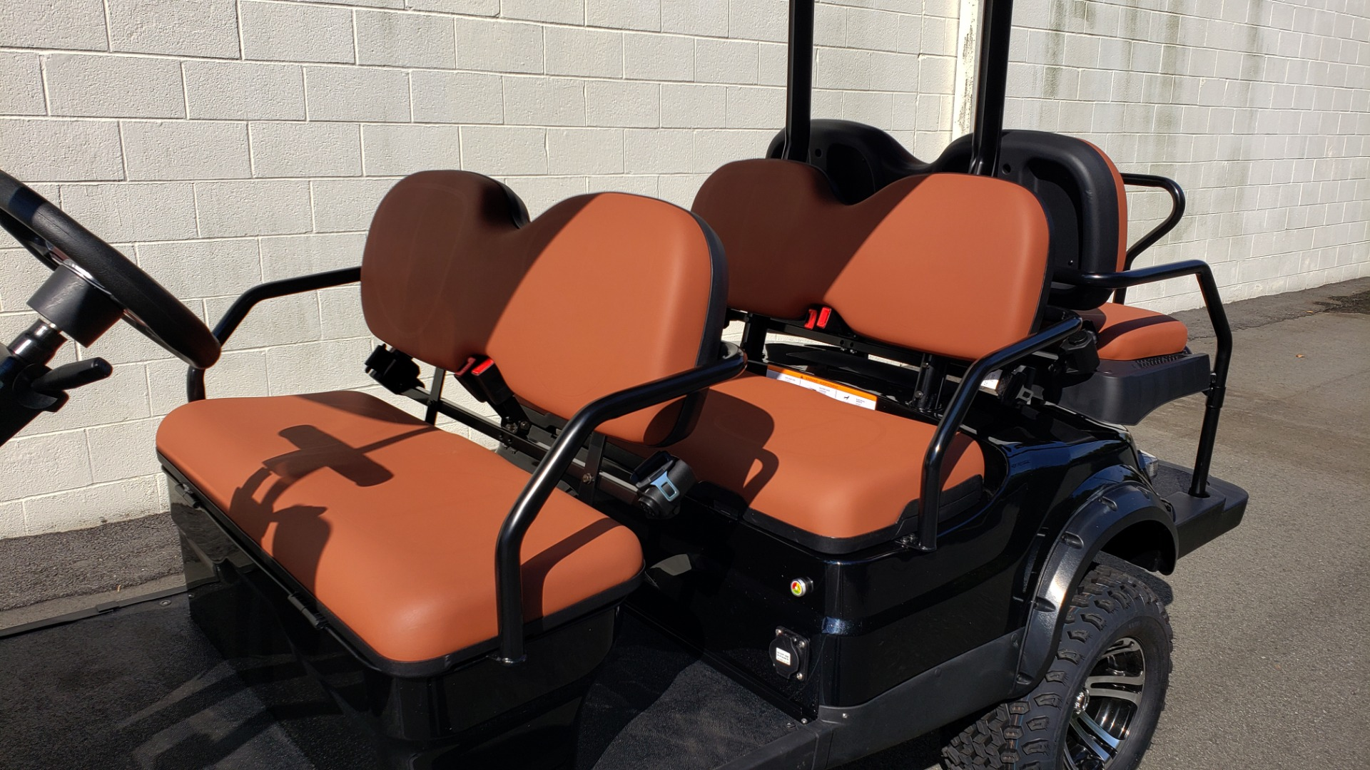 Used 2020 ICON I60L ELECTRIC CAR / 3-ROW / LIFTED / GOLF CART / SPEEDO for sale Sold at Formula Imports in Charlotte NC 28227 4