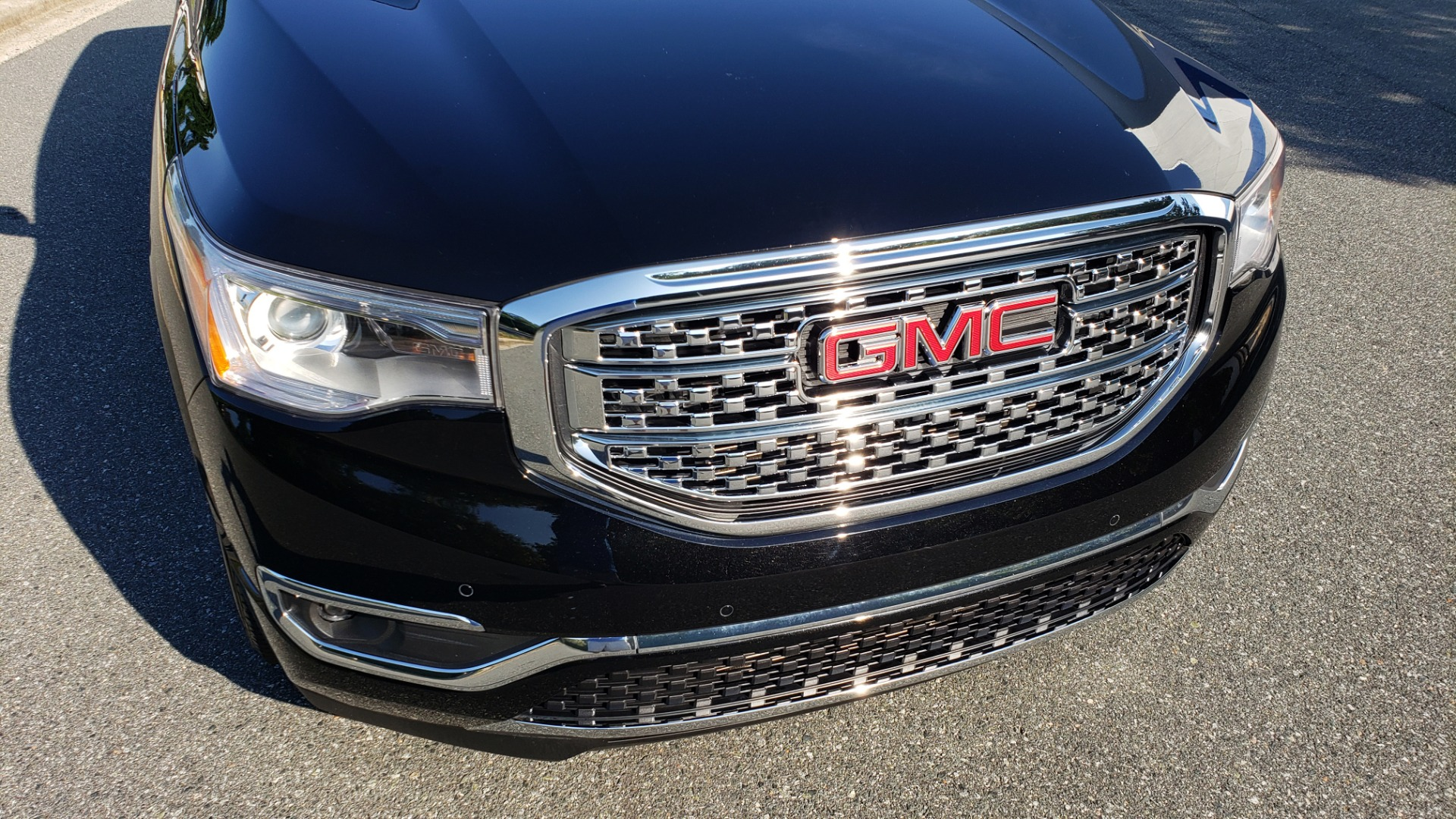 Used 2017 GMC ACADIA DENALI / FWD / NAV / SUNROOF / CAMERA / 3-ROW for sale Sold at Formula Imports in Charlotte NC 28227 24