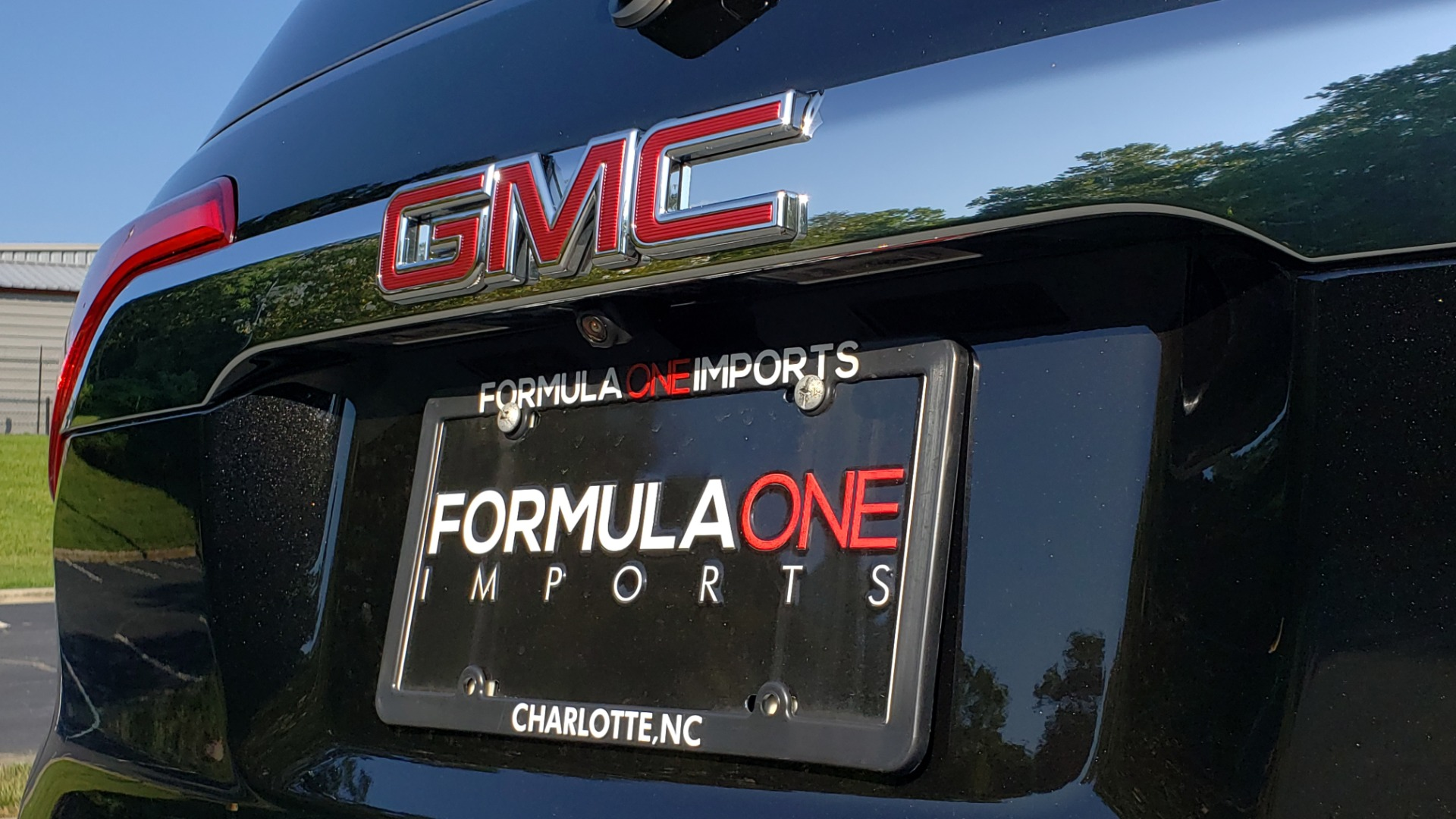 Used 2017 GMC ACADIA DENALI / FWD / NAV / SUNROOF / CAMERA / 3-ROW for sale Sold at Formula Imports in Charlotte NC 28227 31