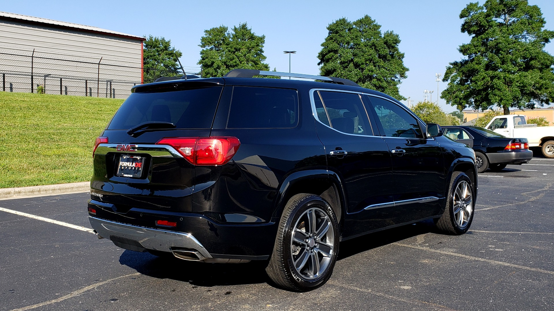 Used 2017 GMC ACADIA DENALI / FWD / NAV / SUNROOF / CAMERA / 3-ROW for sale Sold at Formula Imports in Charlotte NC 28227 8