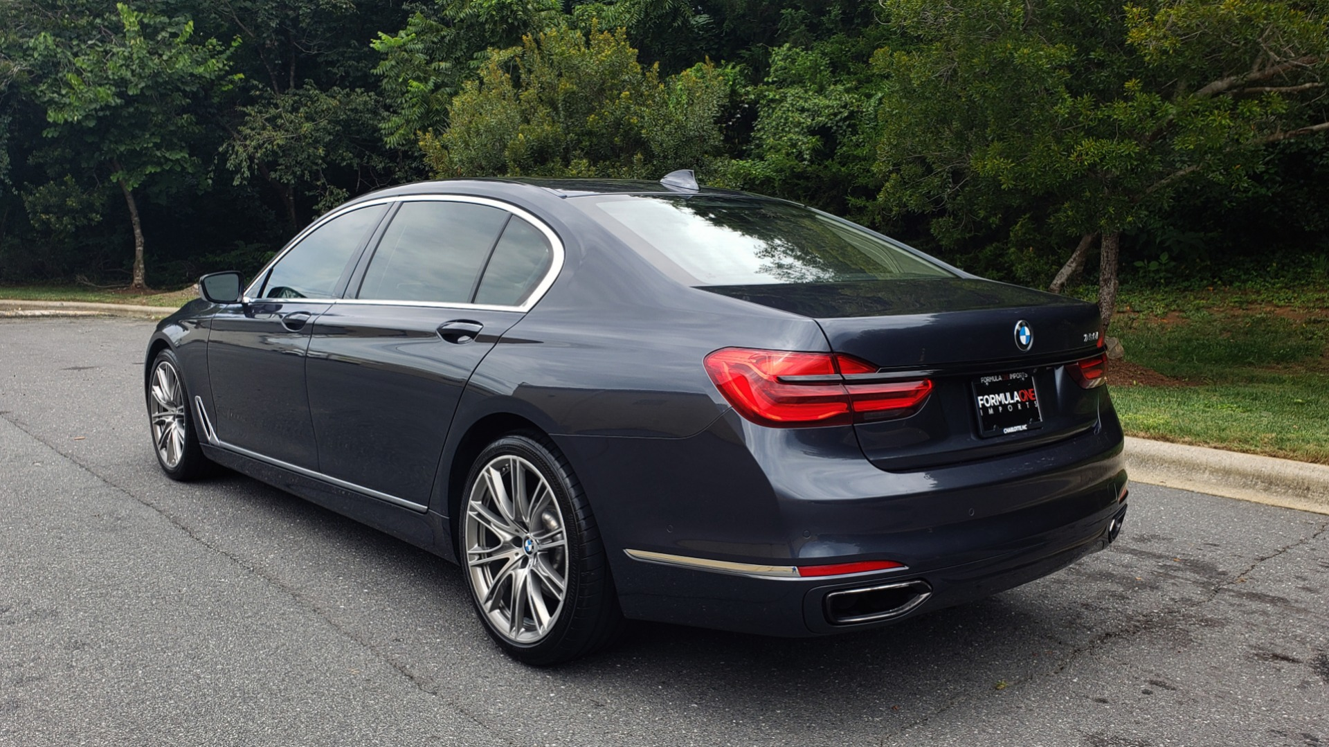 Used 2016 BMW 7 SERIES 750I EXEC PKG / DRVR ASST PLUS / CLD WTHR / SKY LOUNGE ROOF for sale Sold at Formula Imports in Charlotte NC 28227 3