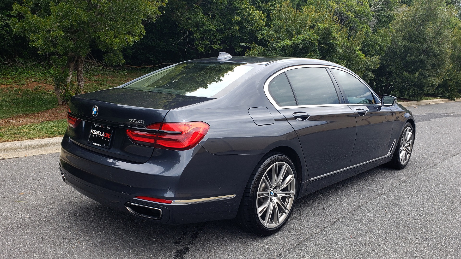 Used 2016 BMW 7 SERIES 750I EXEC PKG / DRVR ASST PLUS / CLD WTHR / SKY LOUNGE ROOF for sale Sold at Formula Imports in Charlotte NC 28227 6
