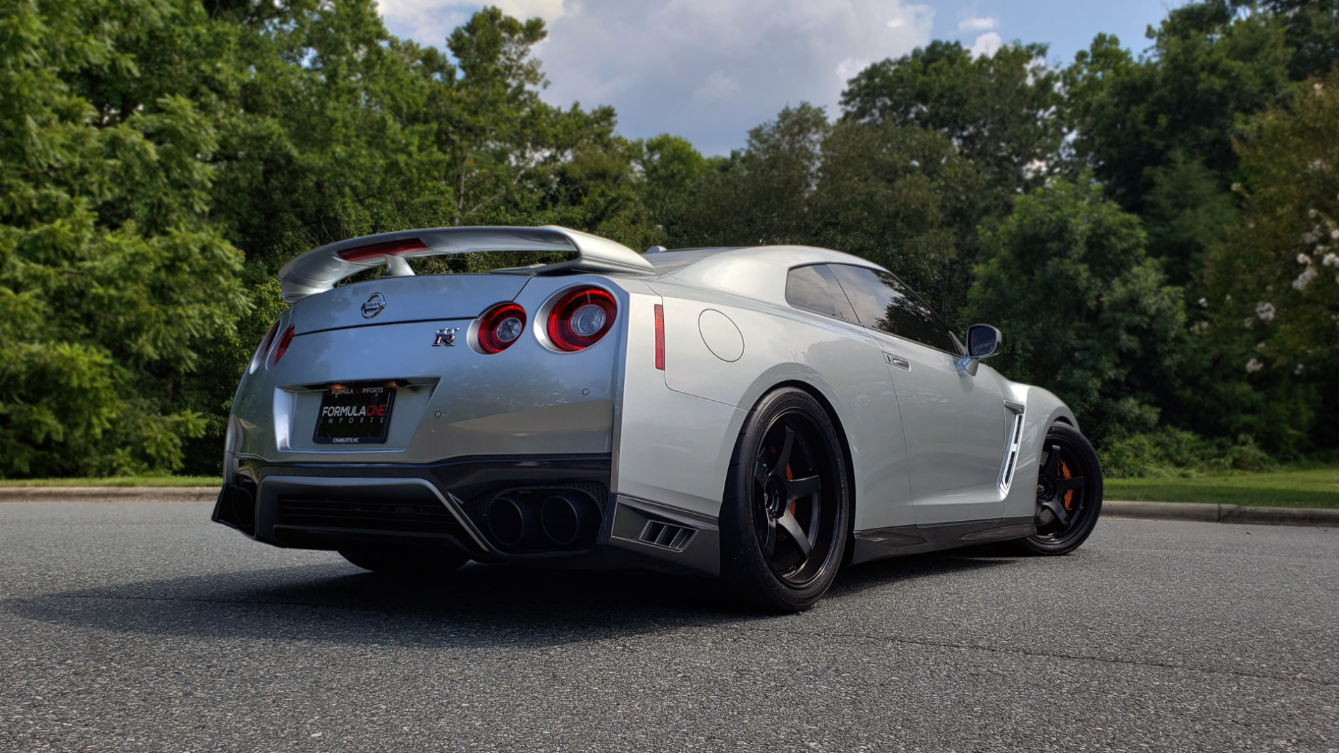 Used 2018 Nissan GT-R PREMIUM / NAV / BOSE / REARVIEW / CUSTOM WHEELS / COIL OVER SHOCKS / TUNED for sale Sold at Formula Imports in Charlotte NC 28227 12