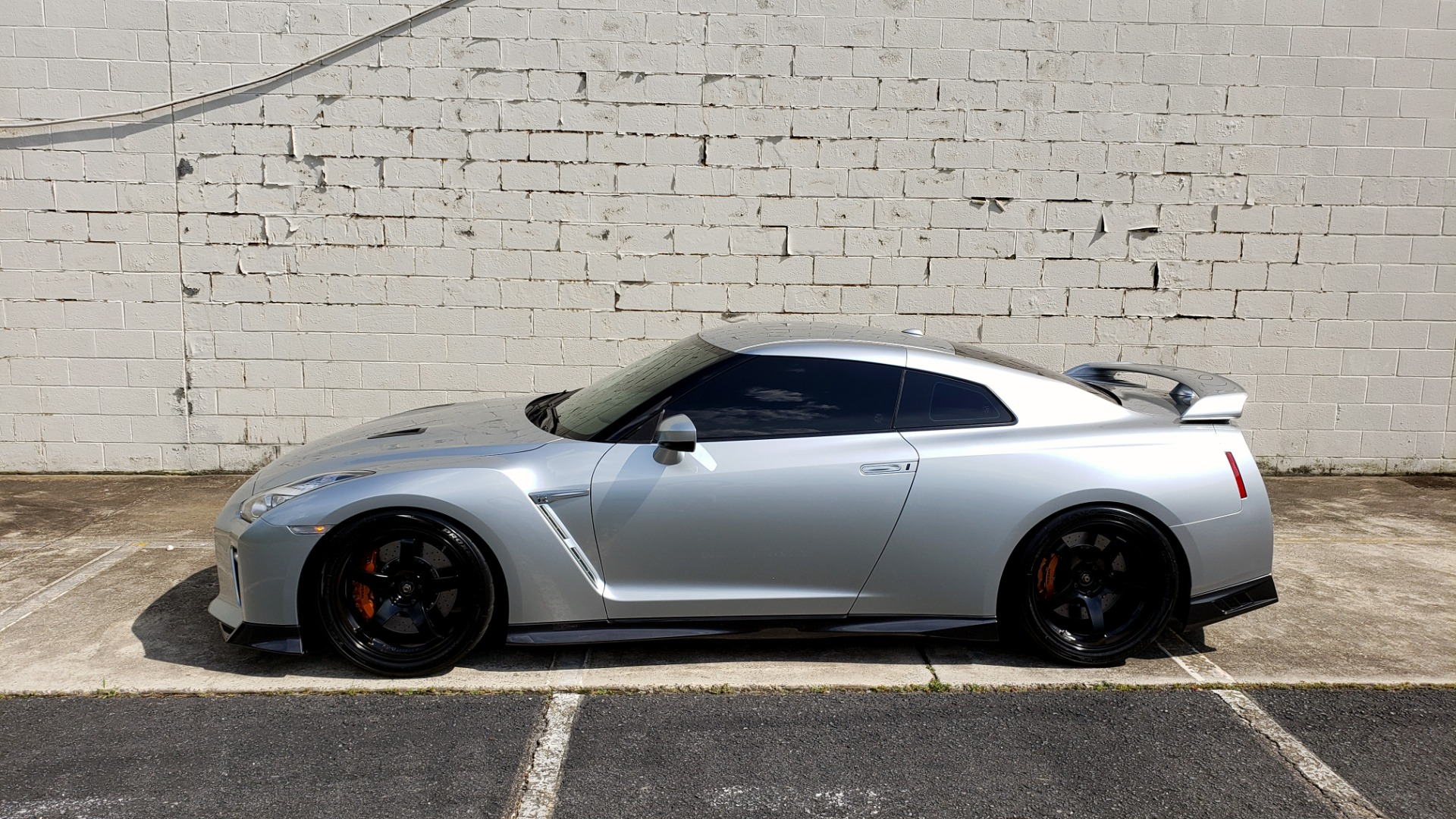 Used 2018 Nissan GT-R PREMIUM / NAV / BOSE / REARVIEW / CUSTOM WHEELS / COIL OVER SHOCKS / TUNED for sale Sold at Formula Imports in Charlotte NC 28227 84