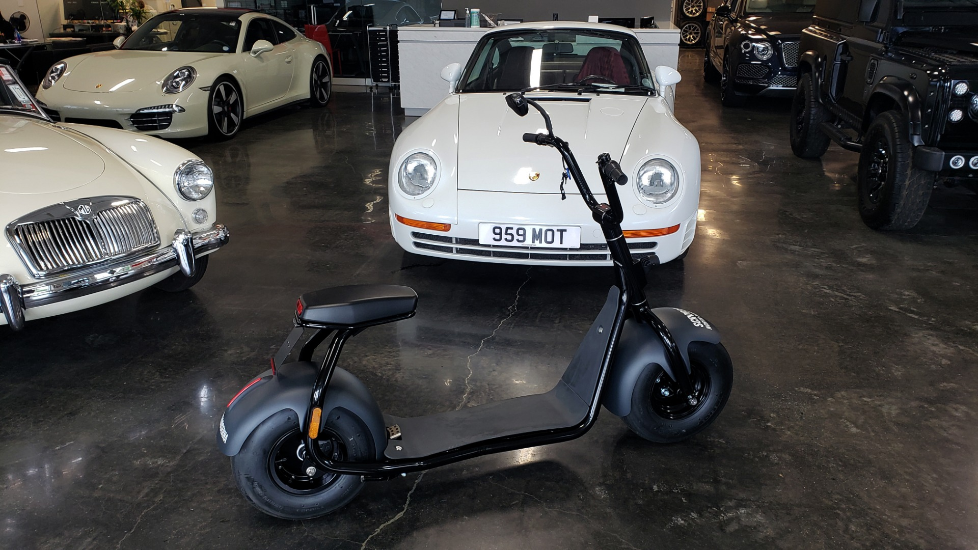 Used 2018 SCROOSER ELECTRIC SCOOTER SELF BALANCED / PRIME BLUE / 15.5 MPH / 34 MI RANGE for sale $1,799 at Formula Imports in Charlotte NC 28227 3