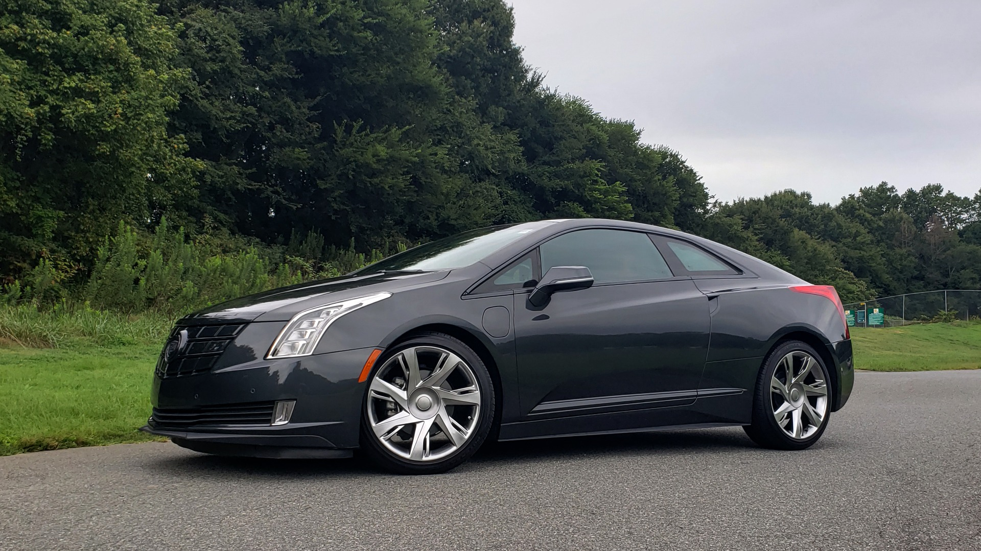 Used 2014 Cadillac ELR 2DR COUPE / HYBRID / NAV / BOSE / HEATED SEATS / REARVIEW for sale $34,000 at Formula Imports in Charlotte NC 28227 2