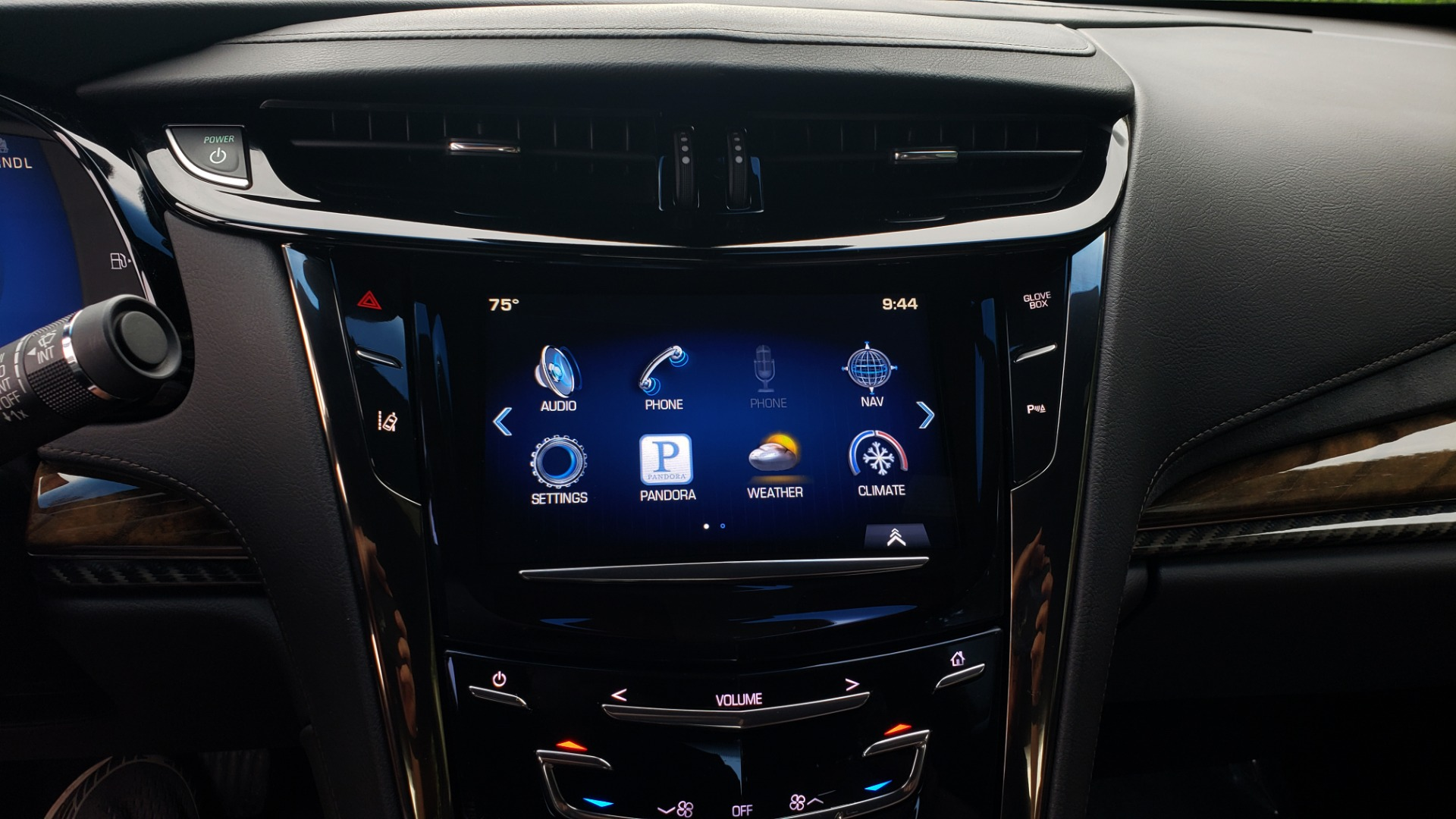 Used 2014 Cadillac ELR 2DR COUPE / HYBRID / NAV / BOSE / HEATED SEATS / REARVIEW for sale $34,000 at Formula Imports in Charlotte NC 28227 39