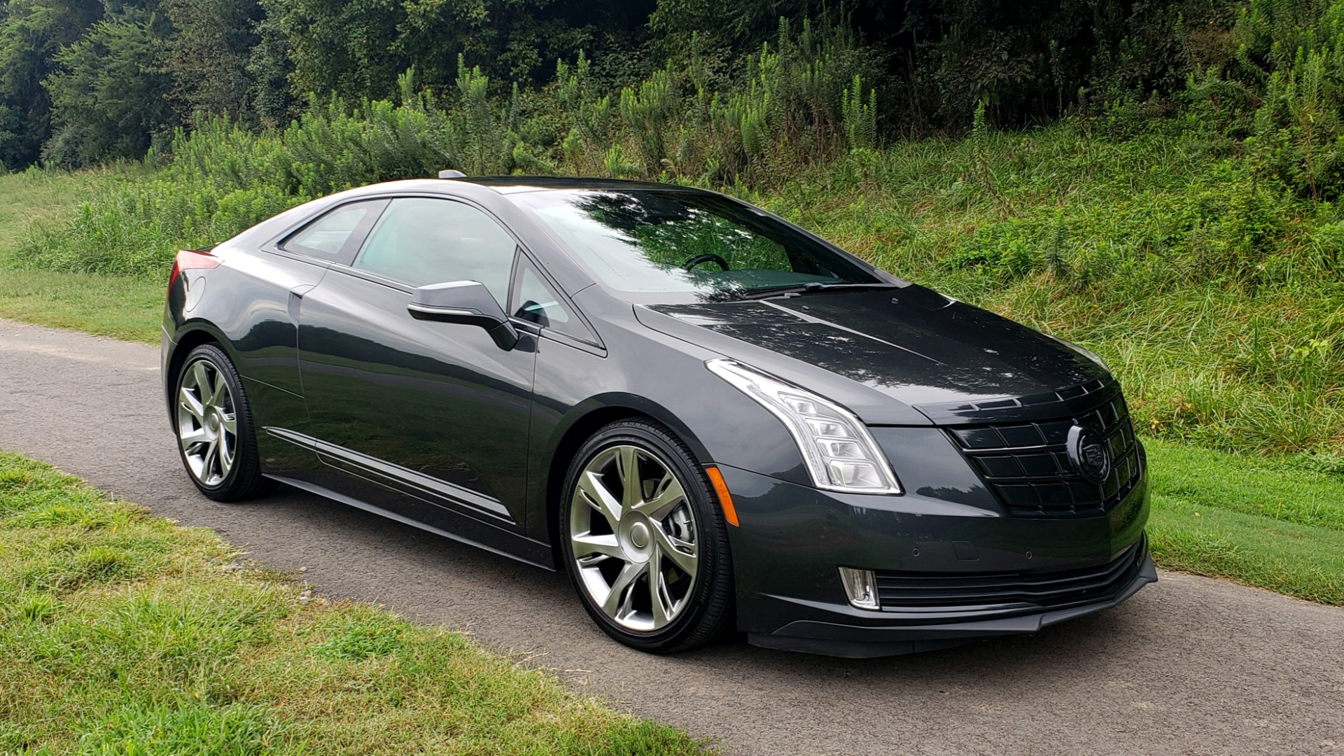 Used 2014 Cadillac ELR 2DR COUPE / HYBRID / NAV / BOSE / HEATED SEATS / REARVIEW for sale $34,000 at Formula Imports in Charlotte NC 28227 6