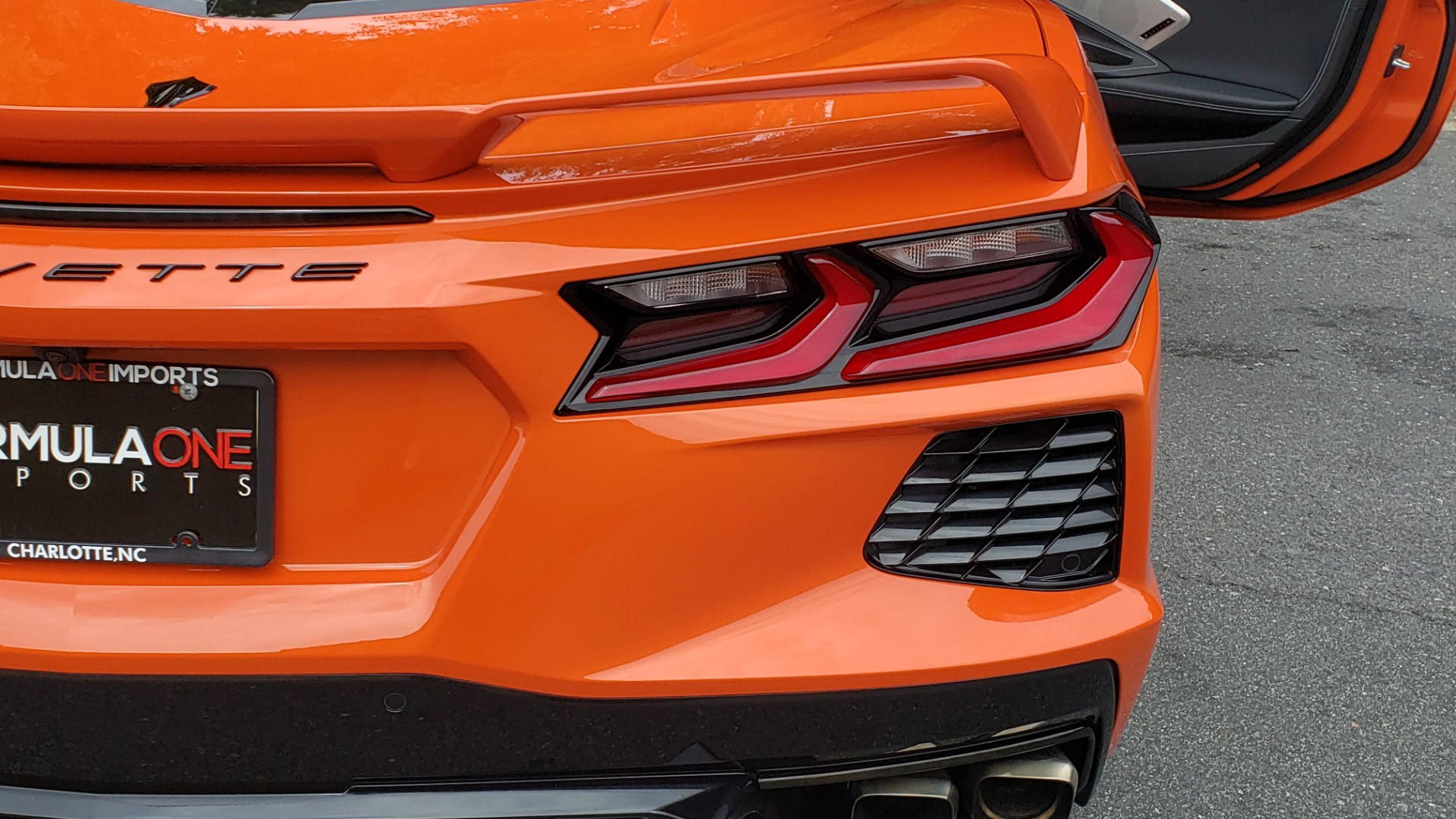 Used 2020 Chevrolet CORVETTE C8 STINGRAY 2LT / 6.2L V8 / 8-SPD AUTO / NAV / BOSE / REARVIEW / DATA RECOR for sale Sold at Formula Imports in Charlotte NC 28227 32