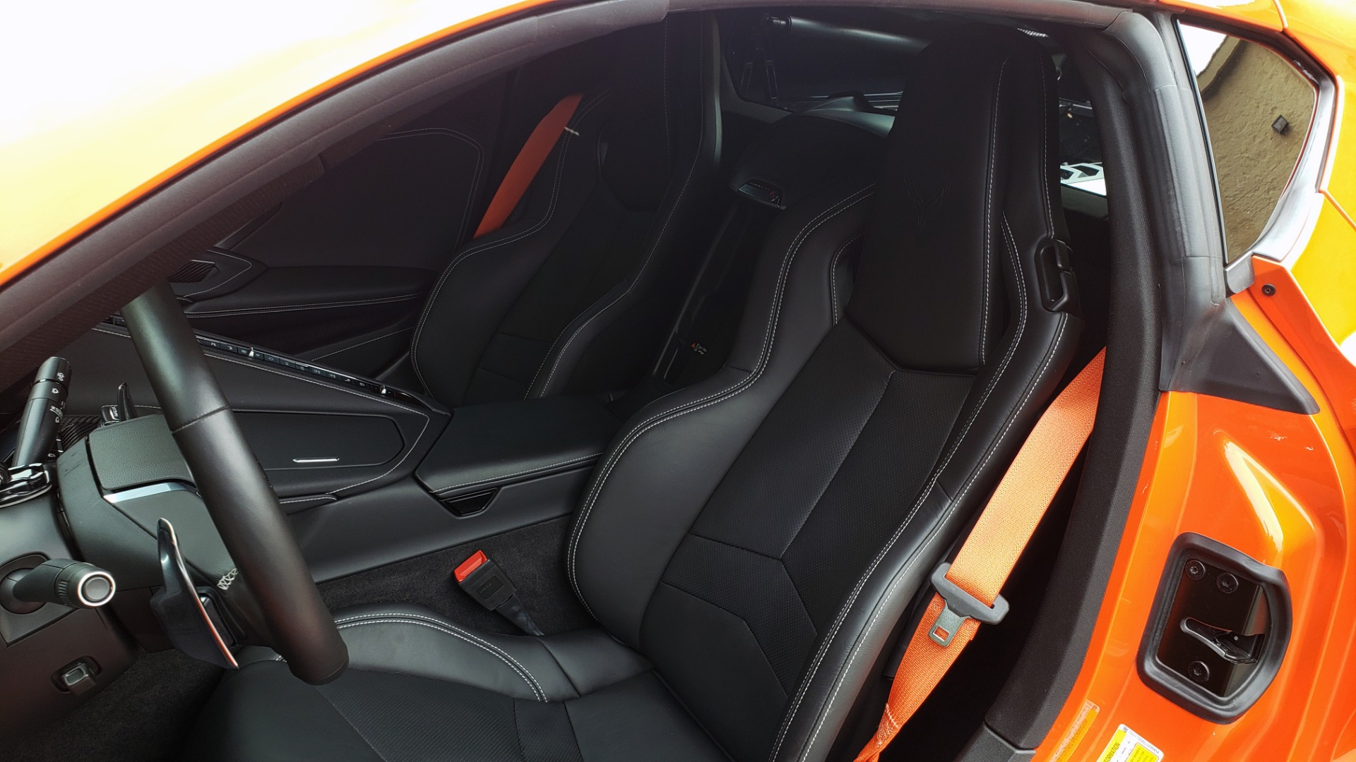 Used 2020 Chevrolet CORVETTE C8 STINGRAY 2LT / 6.2L V8 / 8-SPD AUTO / NAV / BOSE / REARVIEW / DATA RECOR for sale Sold at Formula Imports in Charlotte NC 28227 40