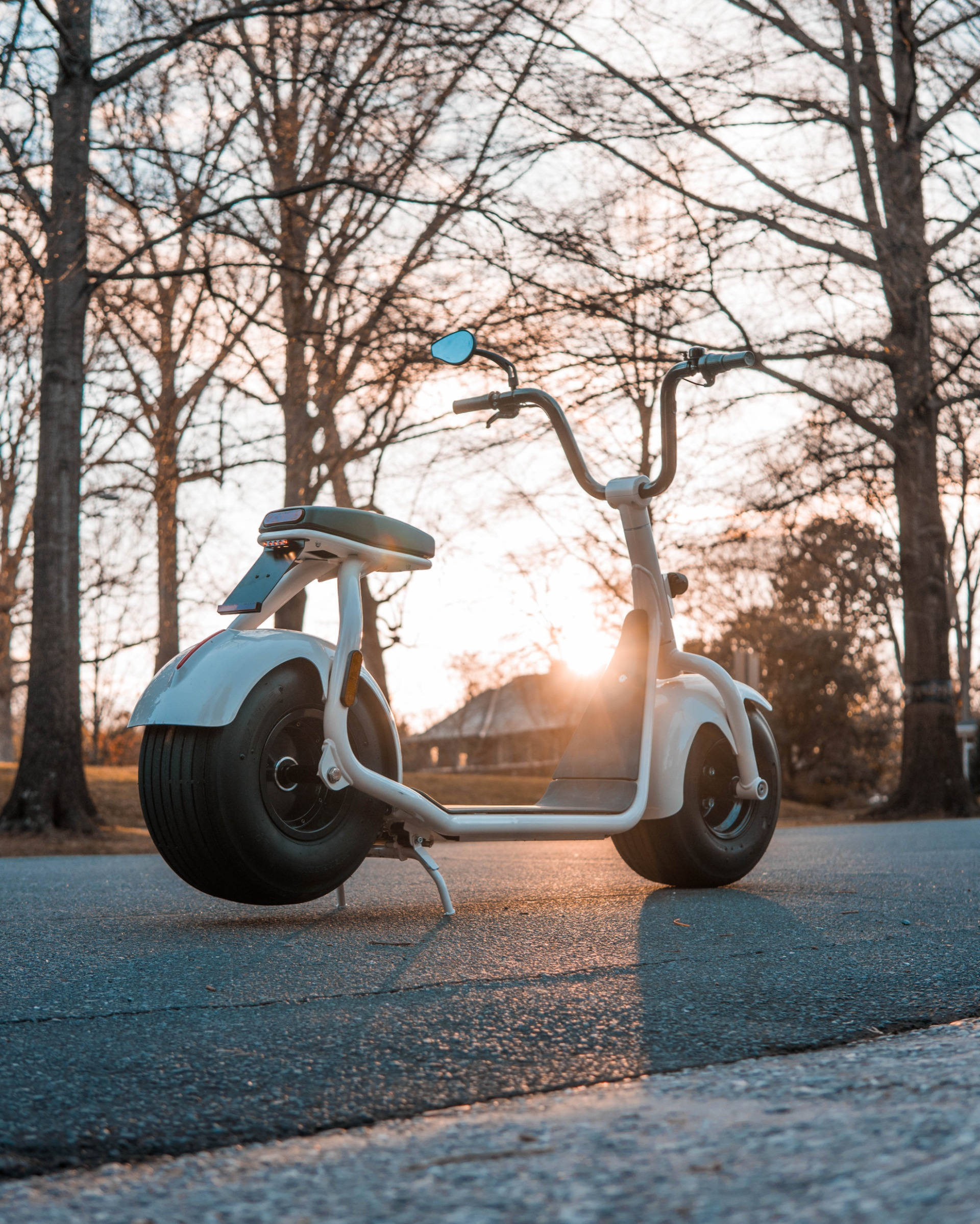Used 2018 SCROOSER ELECTRIC SCOOTER SELF BALANCED / CUSTOM WHITE / 15.5 MPH / 34 MI RANGE for sale $1,699 at Formula Imports in Charlotte NC 28227 19