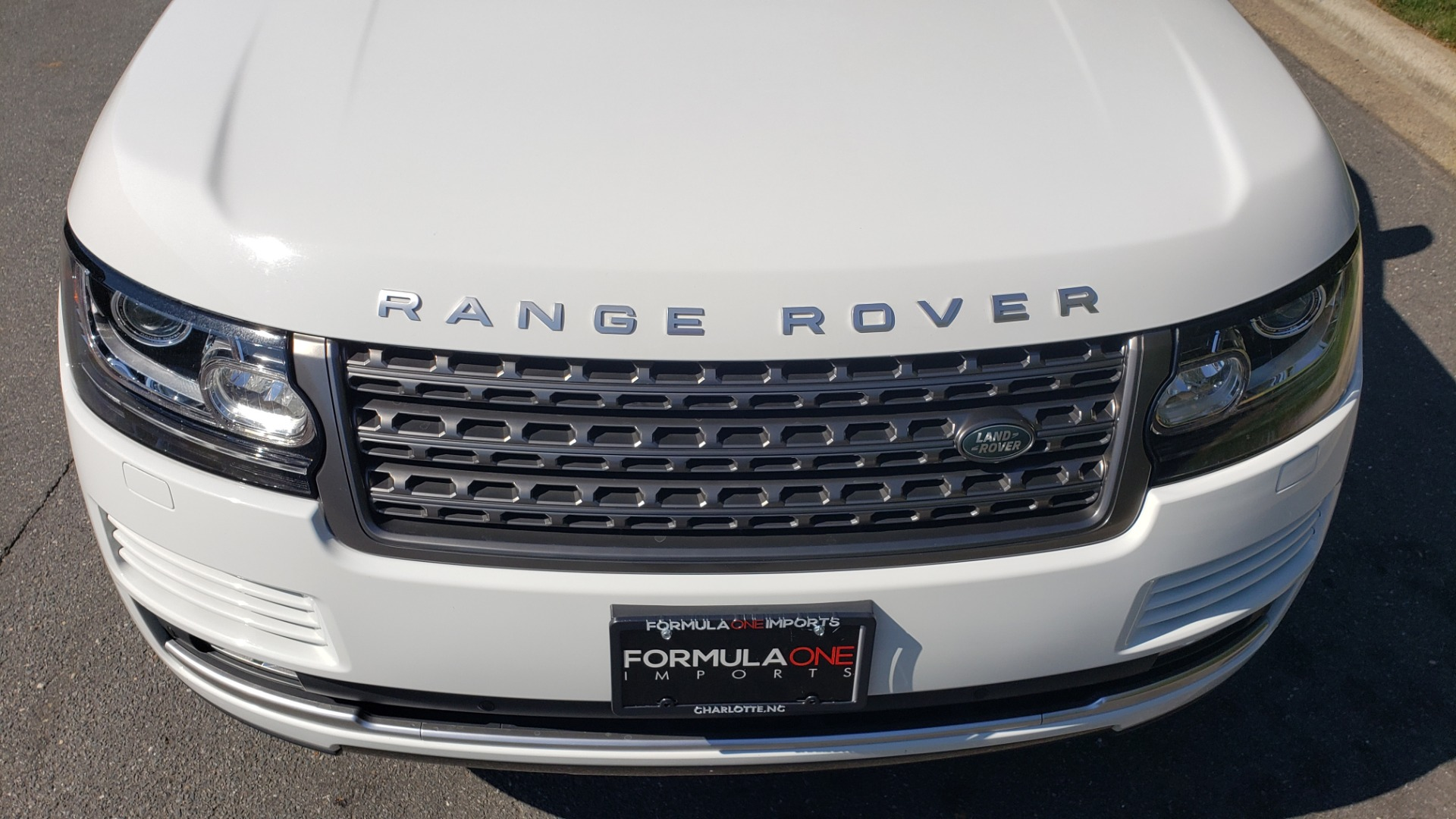 Used 2017 Land Rover RANGE ROVER SE / 4WD / SC V6 / NAV / DRIVE PKG / PANO-ROOF / REARVIEW for sale Sold at Formula Imports in Charlotte NC 28227 14