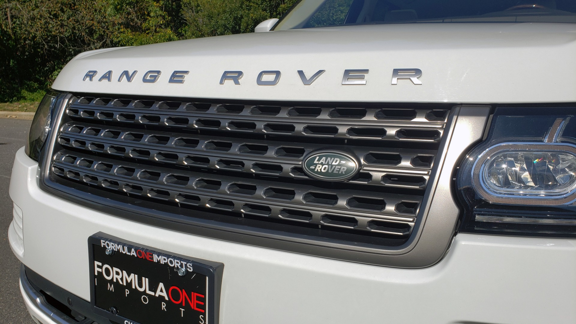 Used 2017 Land Rover RANGE ROVER SE / 4WD / SC V6 / NAV / DRIVE PKG / PANO-ROOF / REARVIEW for sale Sold at Formula Imports in Charlotte NC 28227 28