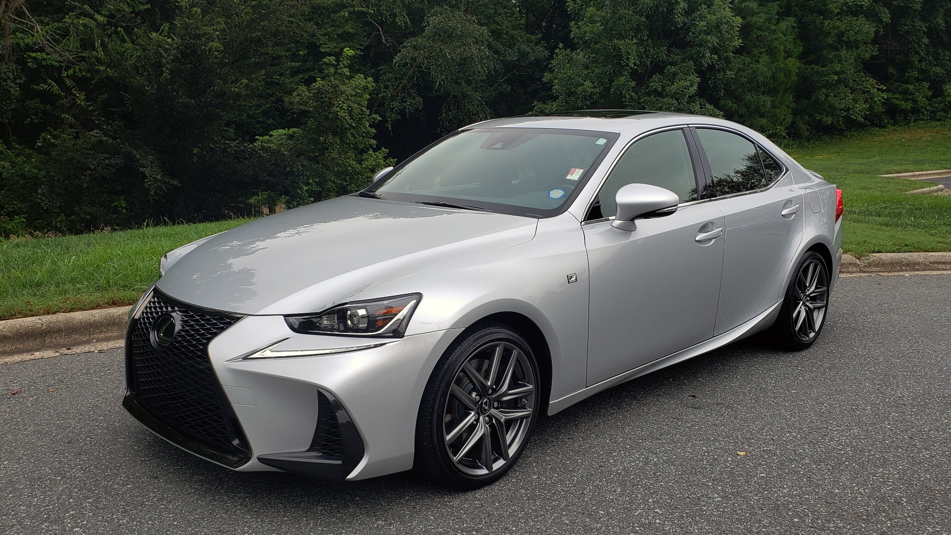 Used 2017 Lexus IS 200T F-SPORT / LEATHER / SUNROOF / 18IN WHEELS / REARVIEW for sale Sold at Formula Imports in Charlotte NC 28227 2