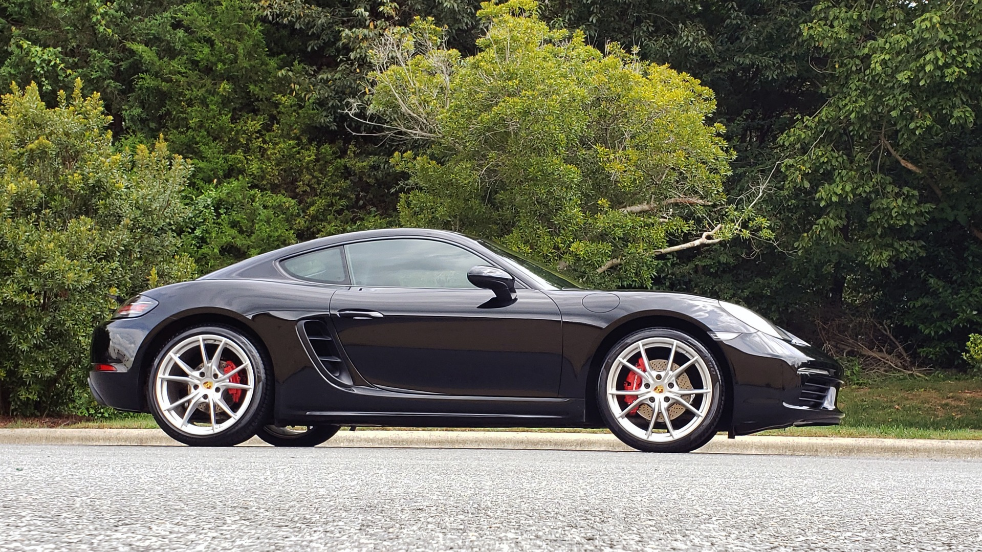 Used 2018 Porsche 718 CAYMAN S / PREM PKG PLUS / PDK / NAV / BOSE / CHRONO / SPORT EXHAUST for sale Sold at Formula Imports in Charlotte NC 28227 5