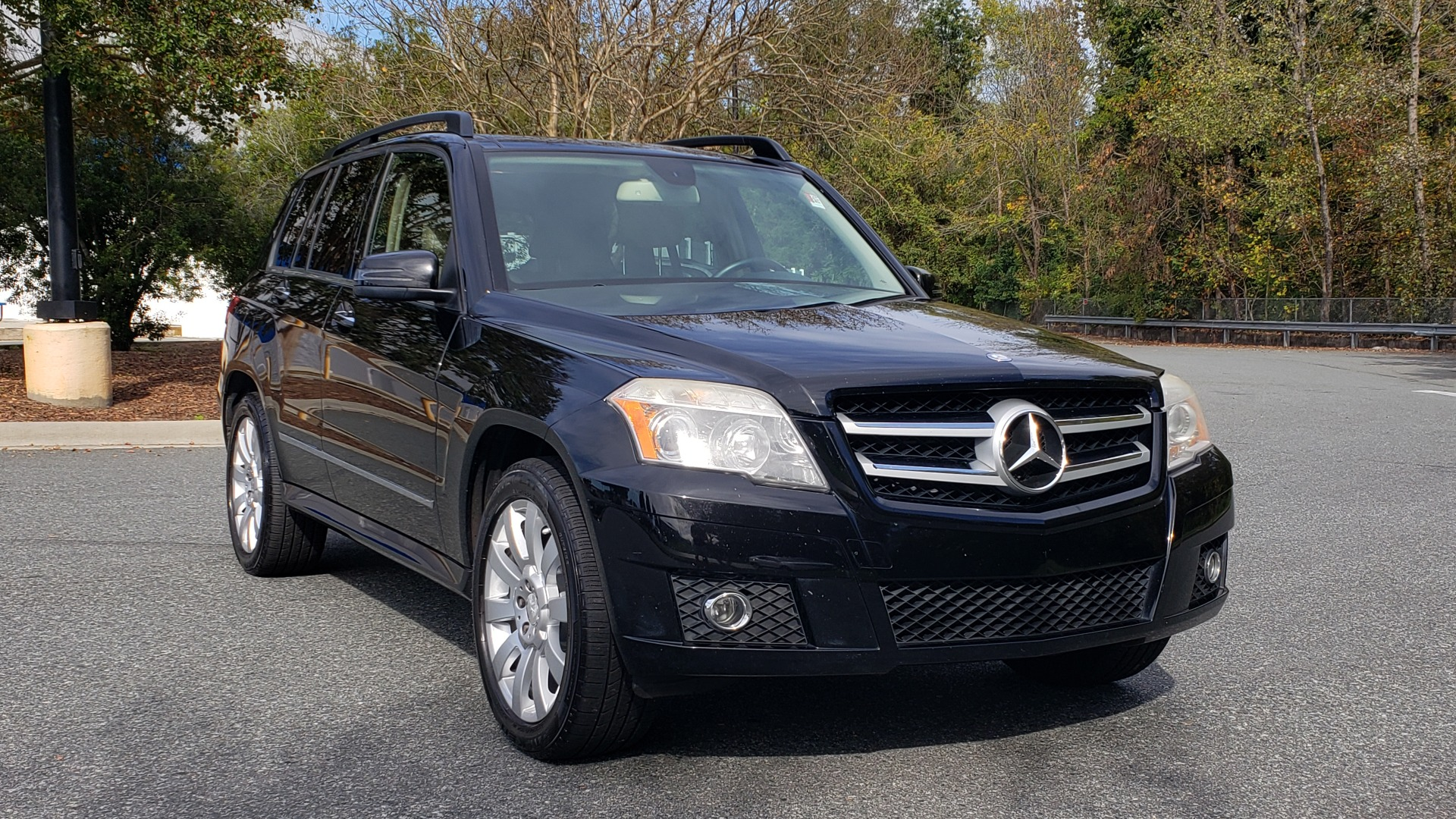Used 2012 Mercedes-Benz GLK-CLASS GLK 350 4MATIC / PREM PKG / SUNROOF / KEYLESS-GO / NAV / REARVIEW for sale Sold at Formula Imports in Charlotte NC 28227 4