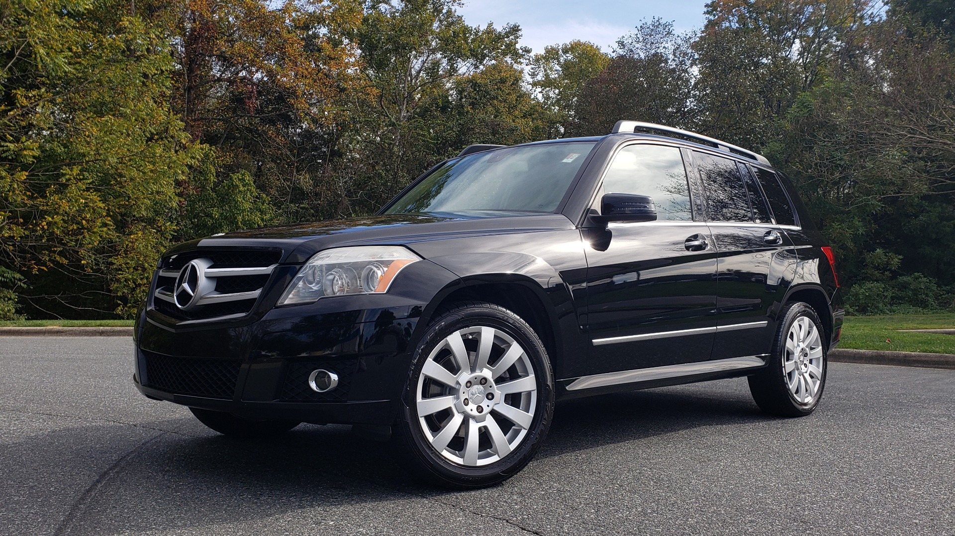 Used 2012 Mercedes-Benz GLK-CLASS GLK 350 4MATIC / PREM PKG / SUNROOF / KEYLESS-GO / NAV / REARVIEW for sale Sold at Formula Imports in Charlotte NC 28227 1