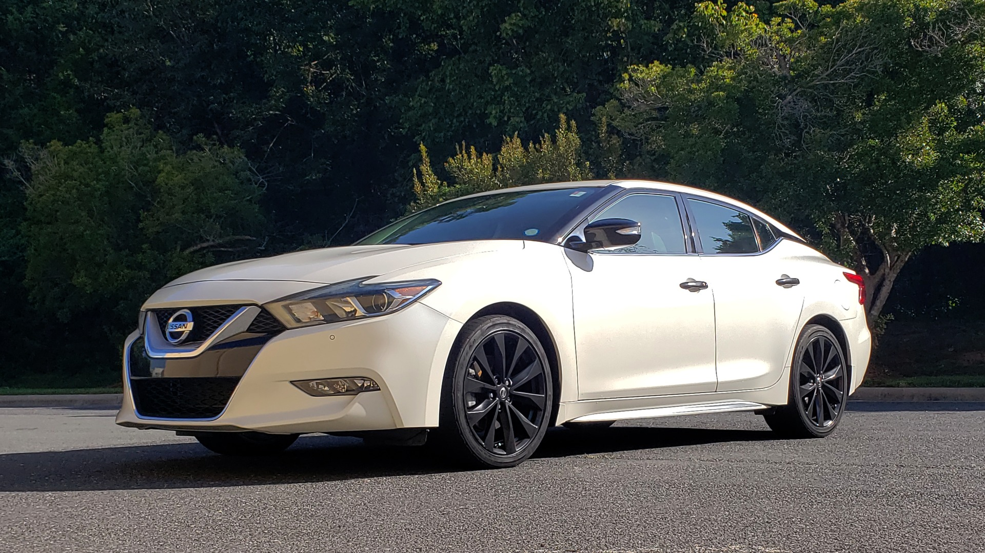 Used 2016 Nissan MAXIMA 3.5 SR / NAV / BOSE / VENT STS / CVT / REARVIEW for sale Sold at Formula Imports in Charlotte NC 28227 9