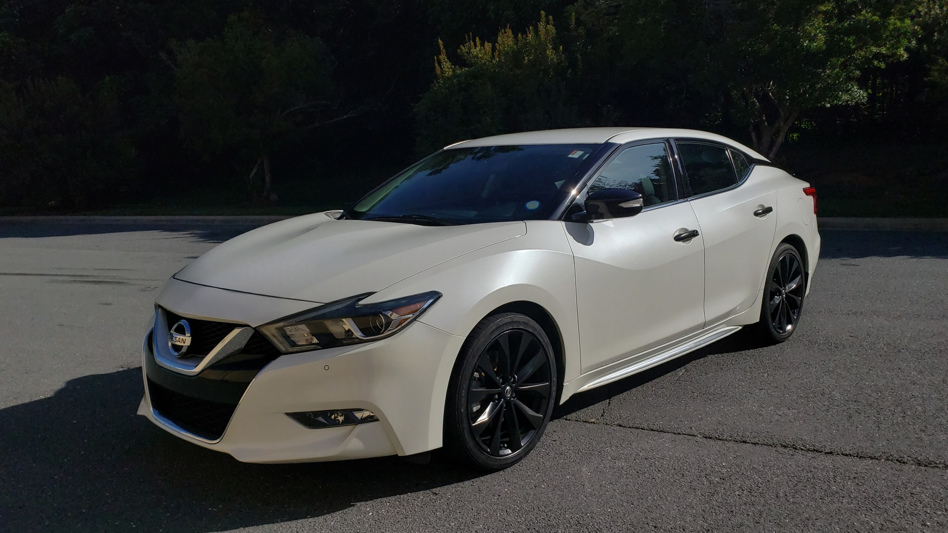 Used 2016 Nissan MAXIMA 3.5 SR / NAV / BOSE / VENT STS / CVT / REARVIEW for sale Sold at Formula Imports in Charlotte NC 28227 1