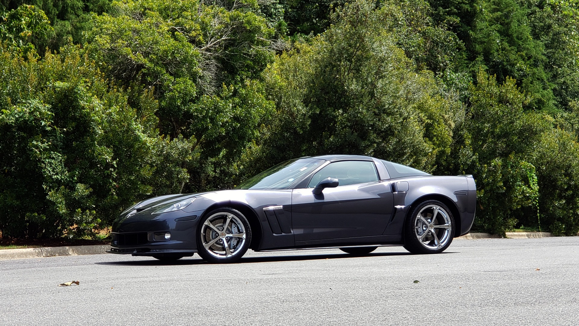 Used 2010 Chevrolet CORVETTE Z16 GRAND SPORT 3LT / HUD / 6.2L V8 / 6-SPD AUTO / NPP EXH for sale Sold at Formula Imports in Charlotte NC 28227 2